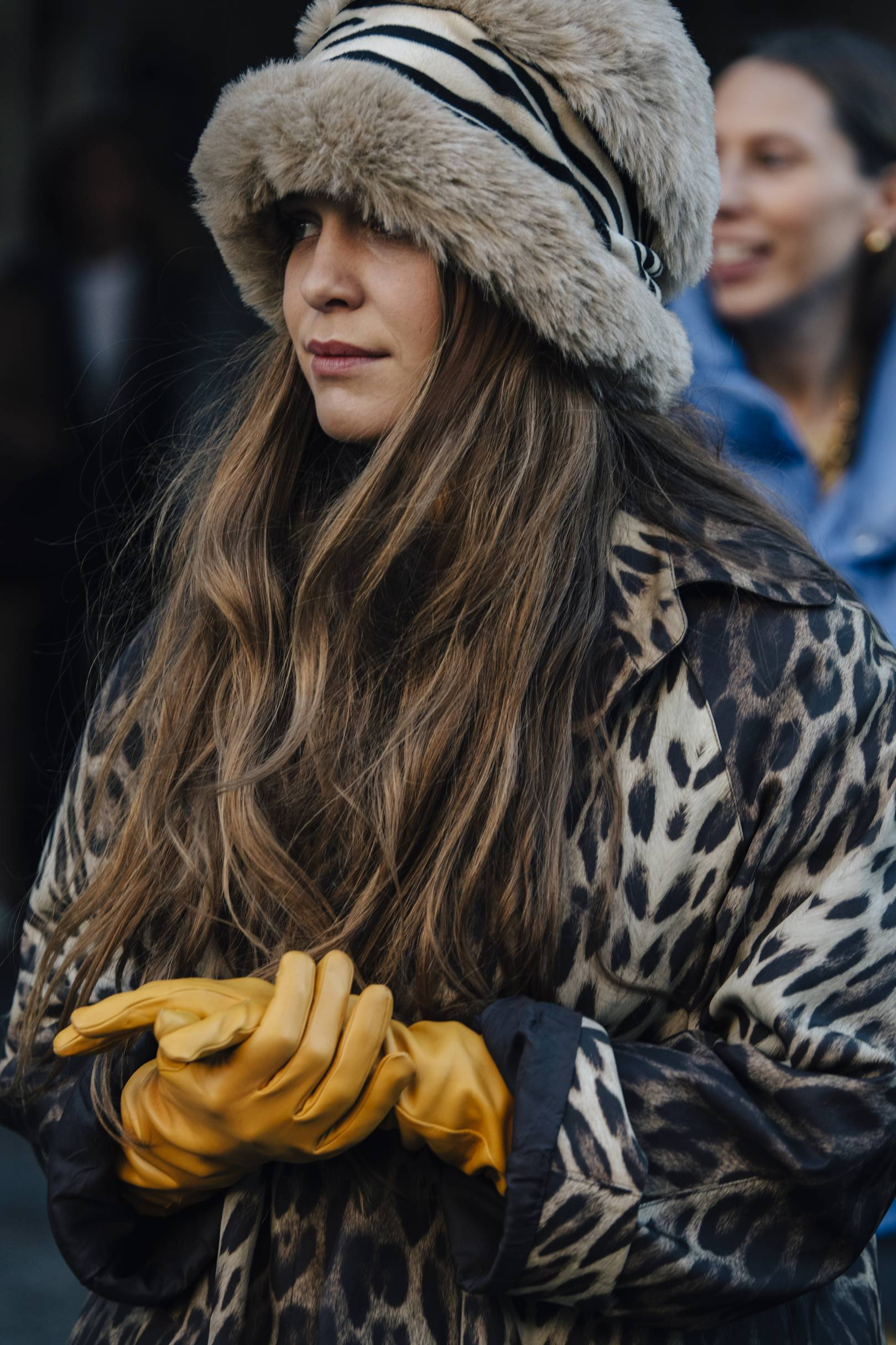 This is just everything, I LOVE the animal print fur hat and over size leopard coat with the pop of mustard. Stylish and cosy!