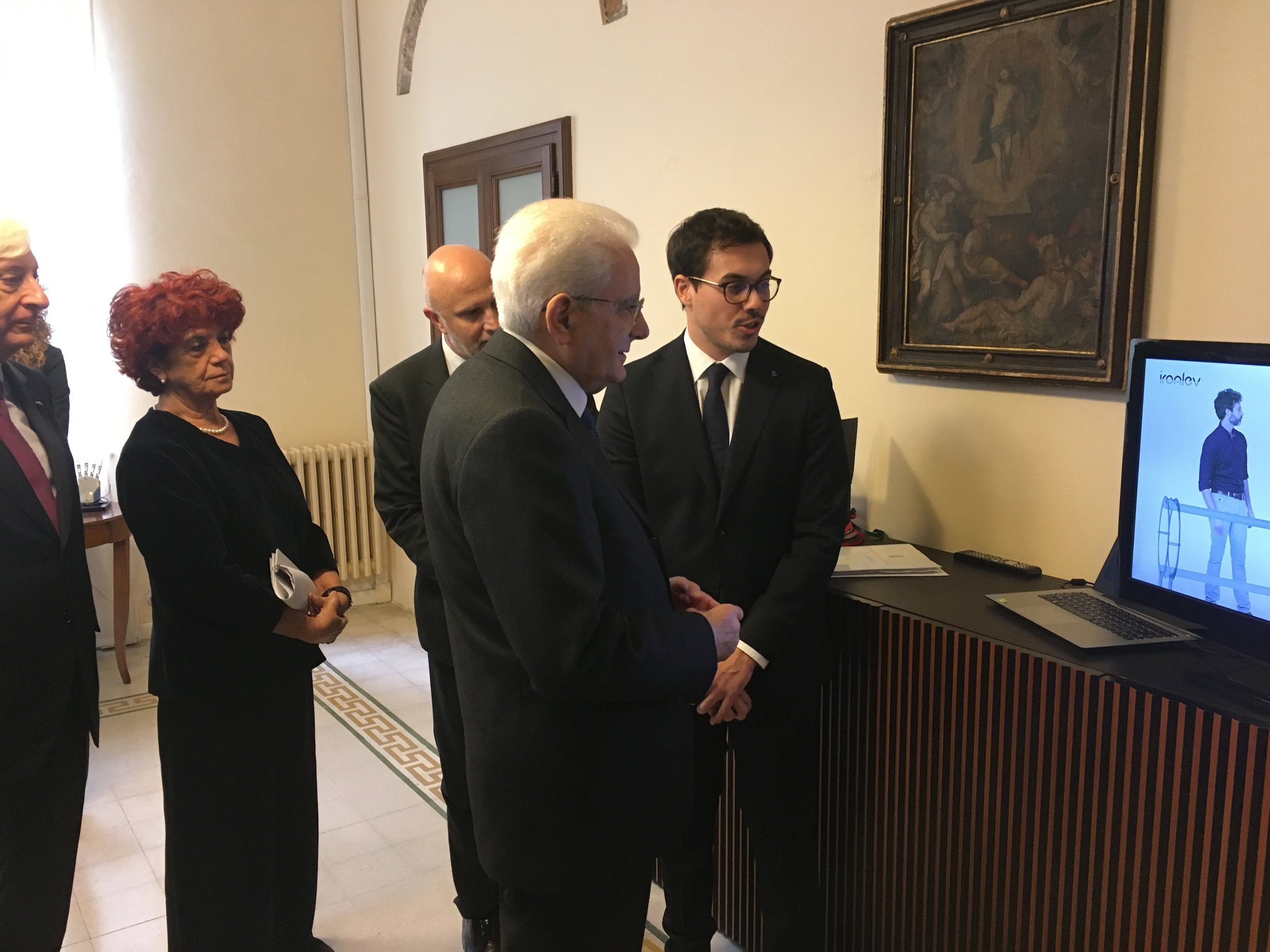 Lorenzo Andrea Parrotta presents our technology to the Italian President Sergio Mattarella and the Minister of Education, University and Research Valeria Fedeli