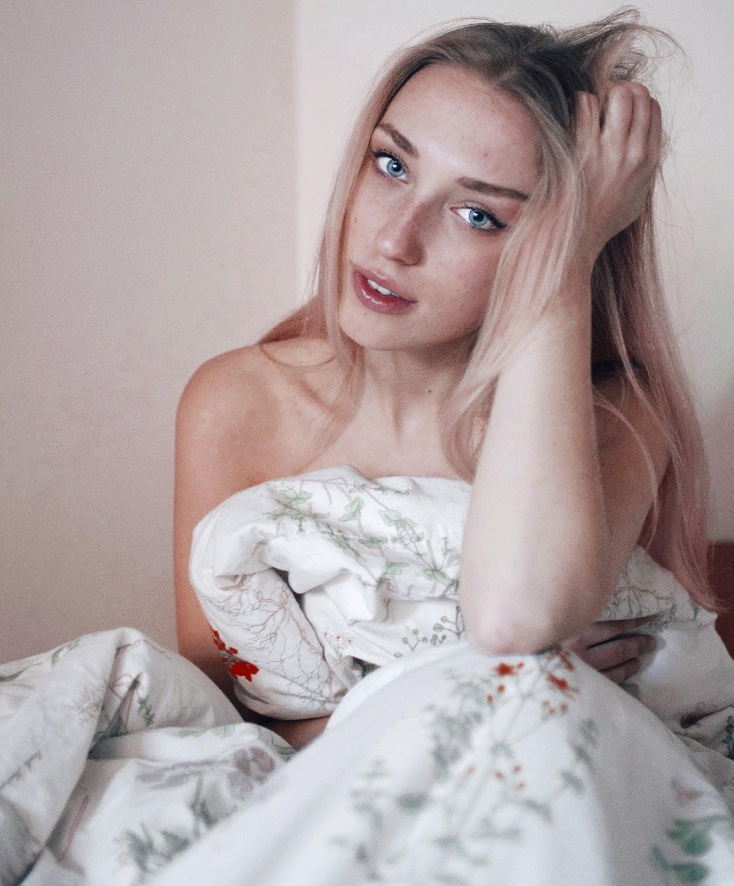 Polina Kathkevich & Sara Collado by Anna Frank