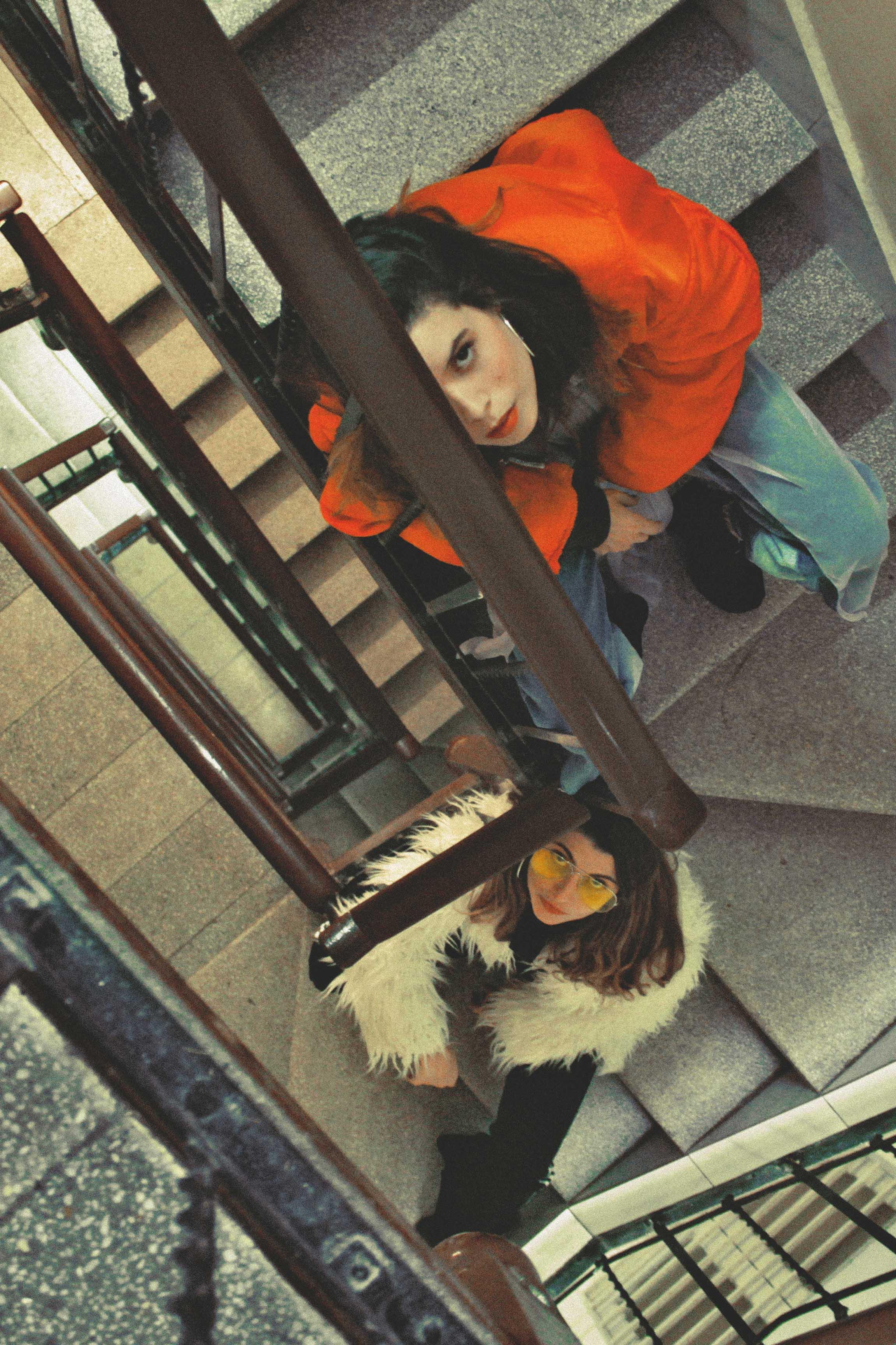 Maty & Laura by Joaquin Burgueño