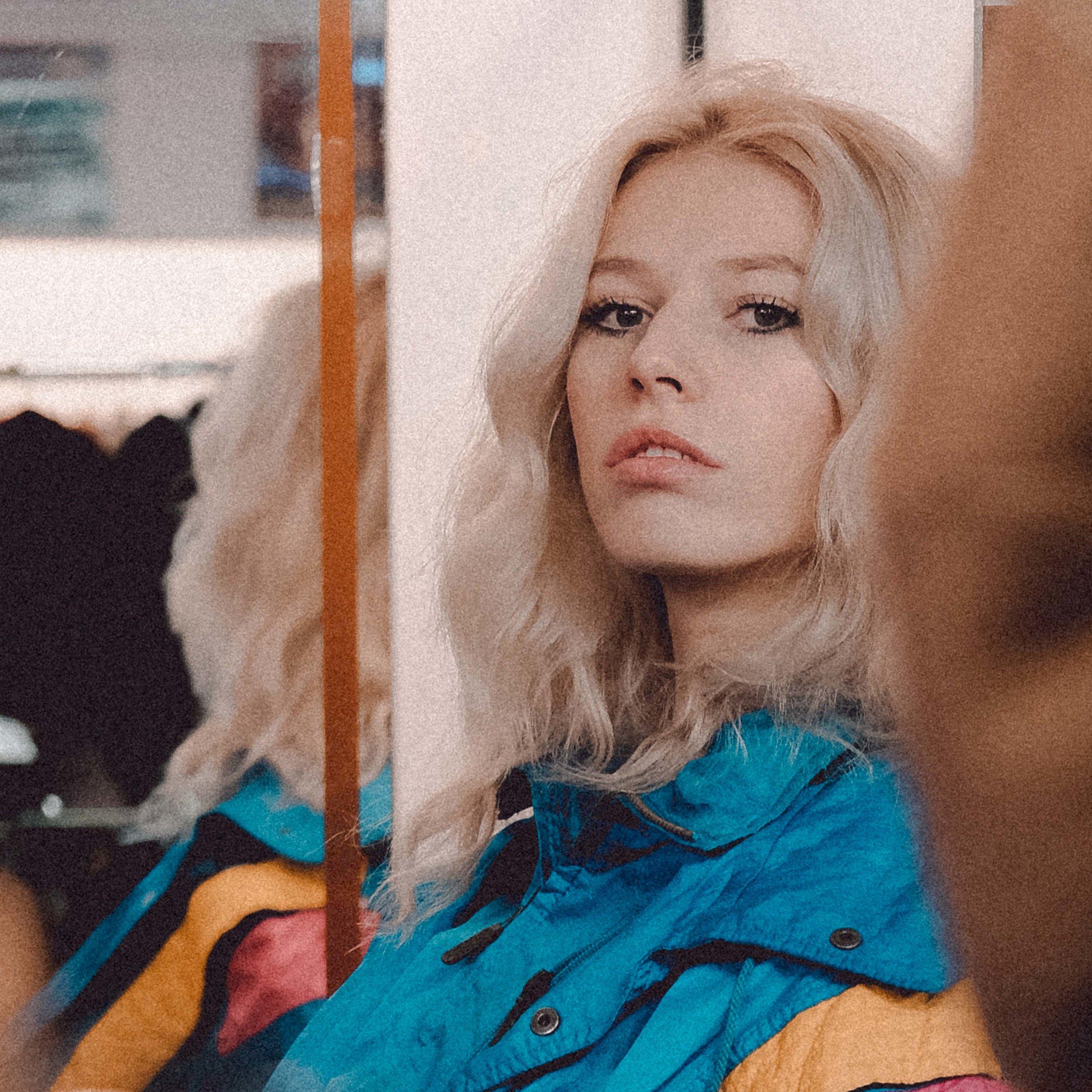 Ausrine Olivia by David Jorre
