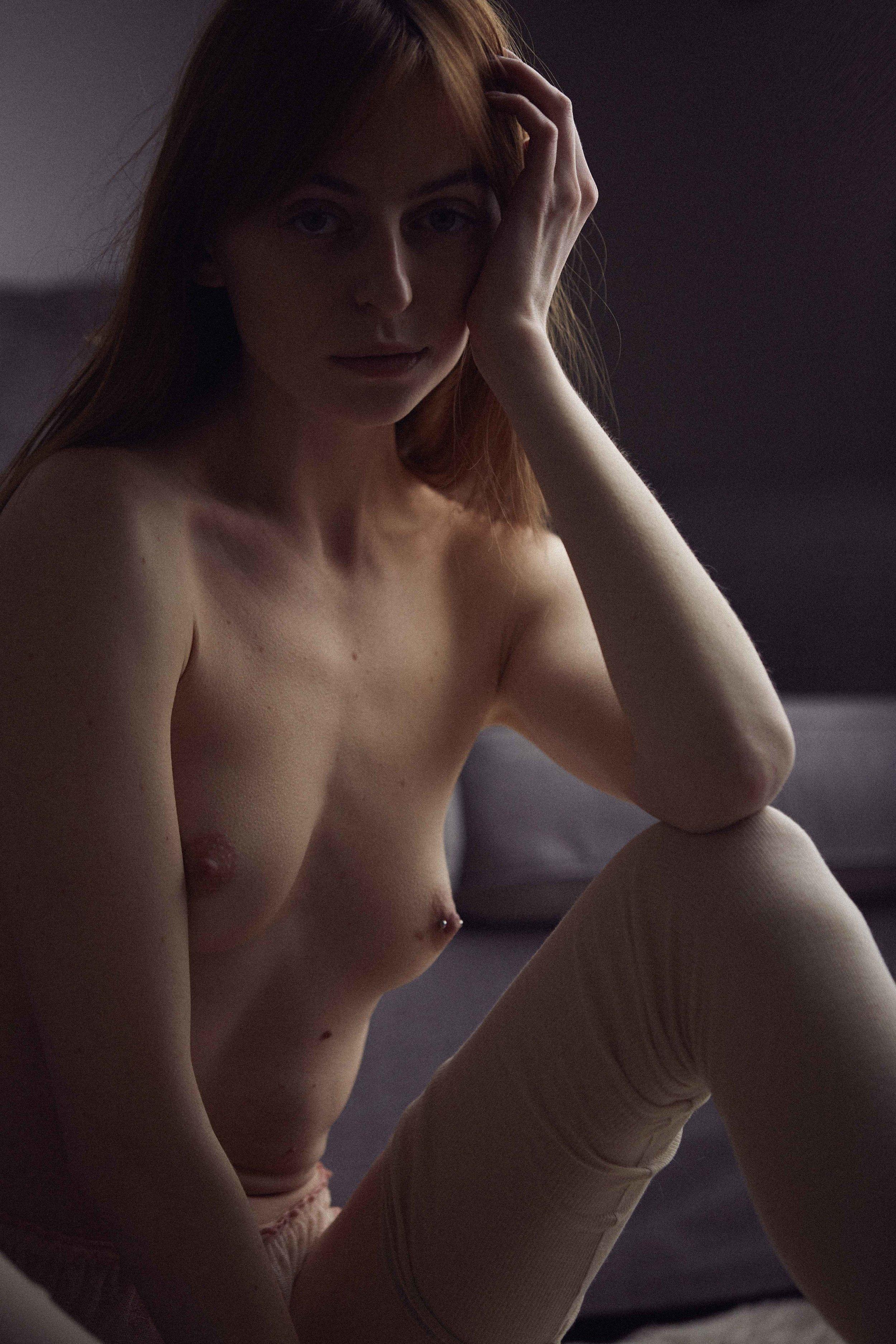 nude5560.jpg