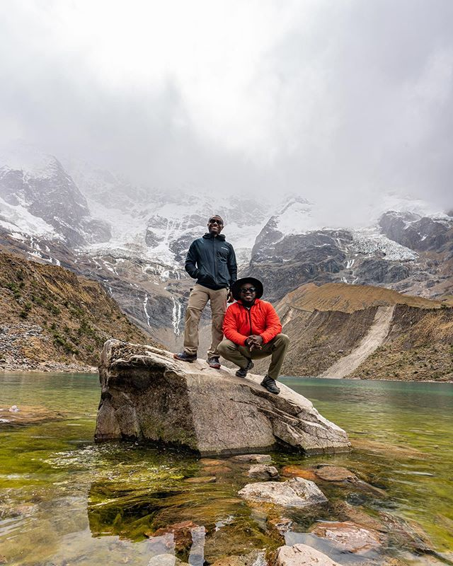 LAKE HUMANTAY At 4000 meters altitude this lake is breath-taking, literally.  Turquoise waters at the bottom of an enormous glacier.  After a long horse ride uphill we finally made it. 📷 @im_jasonanthony . . . . . #Peru #VisitPeru #SonyAlpha #BeAlpha #SouthAmerica #InstaCusco  #KillaExpeditions #CuscoPeru #ExperiencePeru #Exploorperu #TravelNoire #SoulSociety #WeGoToo #BlackGuysTravel #BlackTravelGram #igerscusco #PassionPassport #humantaylake #lagunahumantay #blacktravelfeed #discoverearth #natgeotravel #adventureislife @peru @travelnoire @natgeotravel @columbia1938 @adidasterrex @visitperu