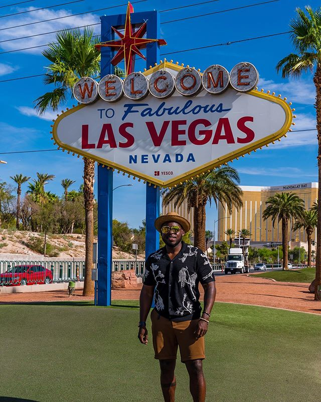 Spent 36 hours in #Vegas 🎰 and made every minute count. . . . . . #LasVegas #VegasStrip #SonyAlpha #BeAlpha #JanetJackson #Metamorphosis #WhatHappensInVegas #WynnLasVegas #WhatHappensInVegasStaysInVegas #LastMinuteTrip #DiscoverEarth #TravelNoire #SoulSociety #BlackMenTravel #BlackandAbroad #Reiss #Menswear #ParkMGM #LasVegasSign #Baecation #Zara #MelaninPoppin #🎰 📷 @jasonjacksonimages