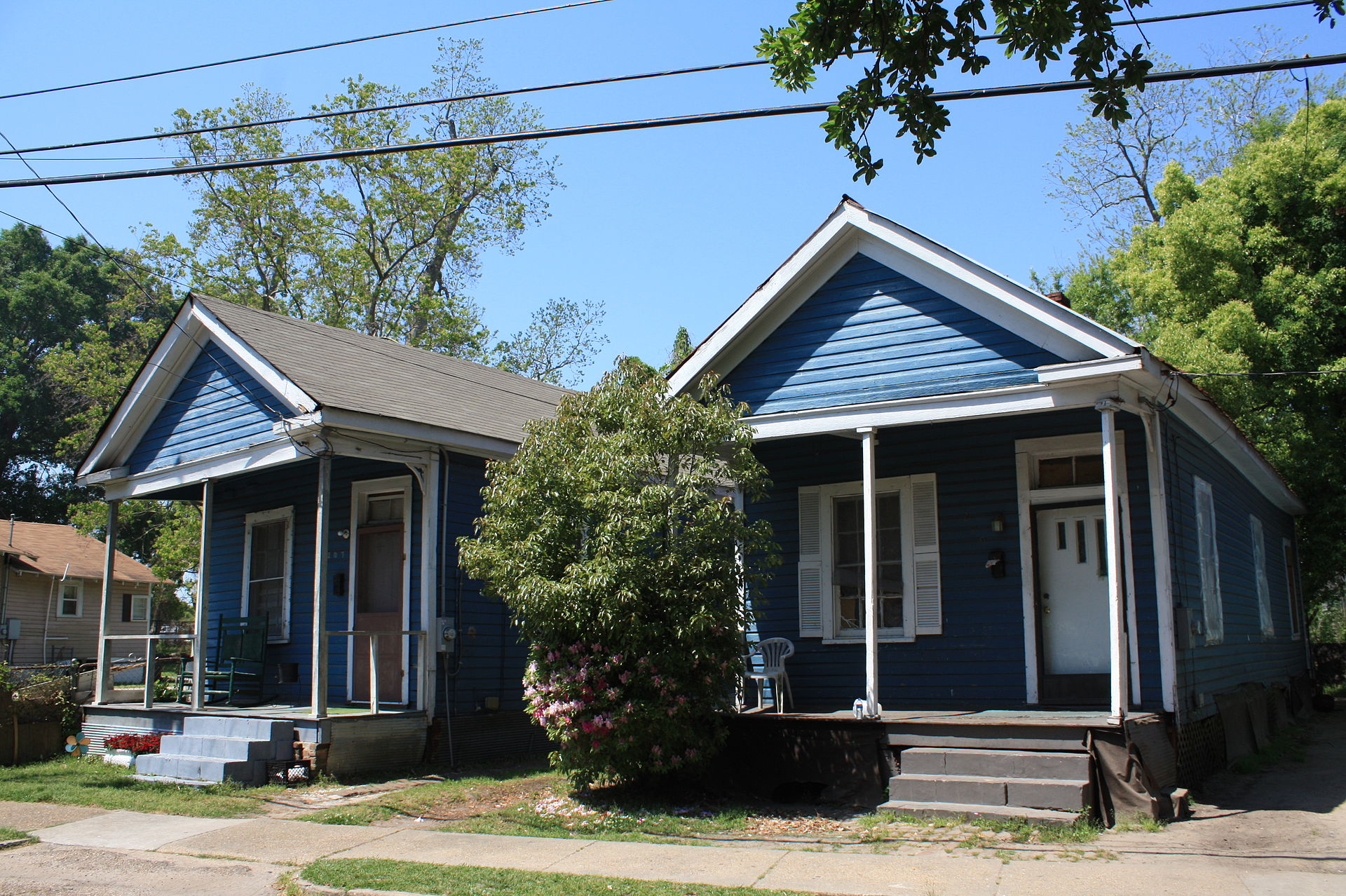 Twin shotgun houses on N. Ann Street, 1925
