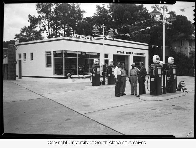 Standard_Oil_Company_Station-2.jpg