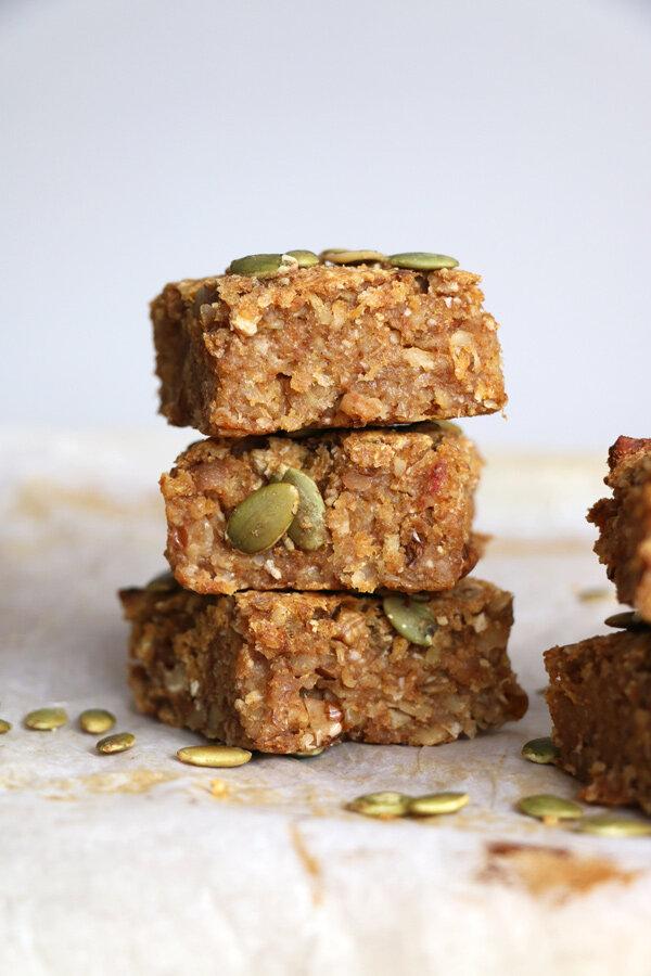 pumpkin-oat-breakfast-bars4.jpg