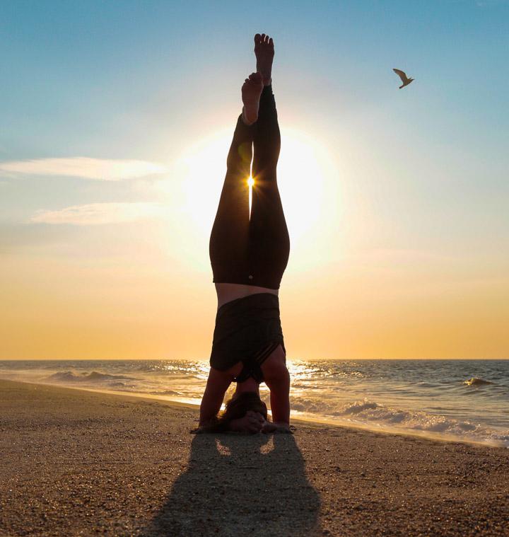 mary_sabo_yoga-beach-9939.jpg