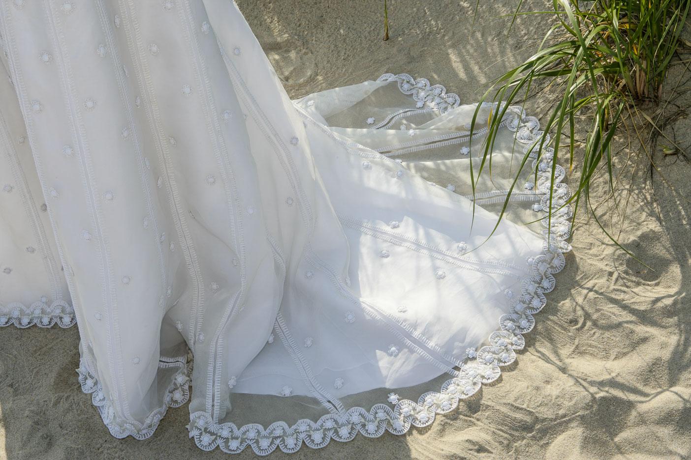 Hamptons-wedding-beach-17.jpg