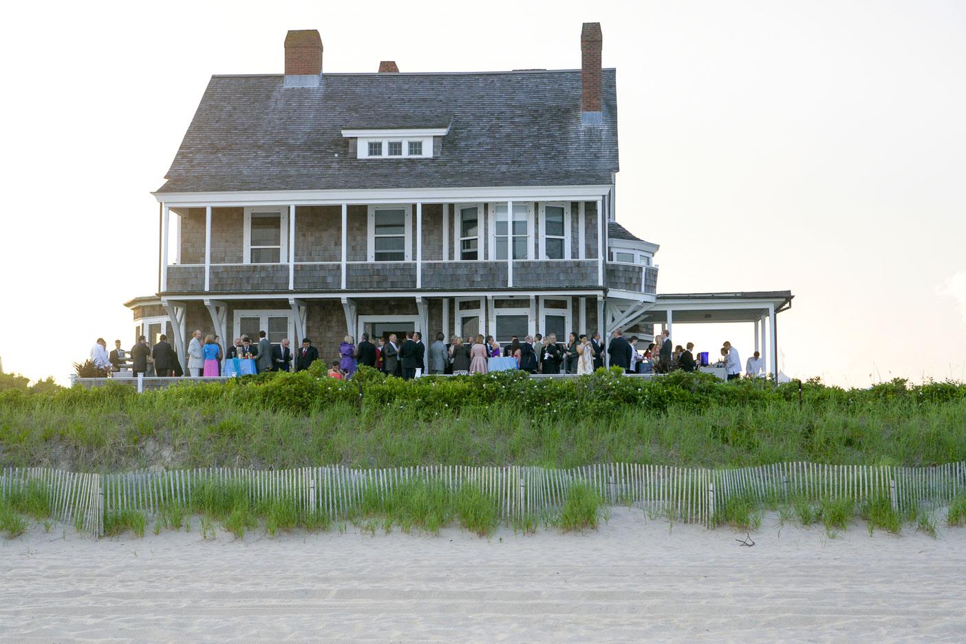 Hamptons-wedding-beach-34.jpg