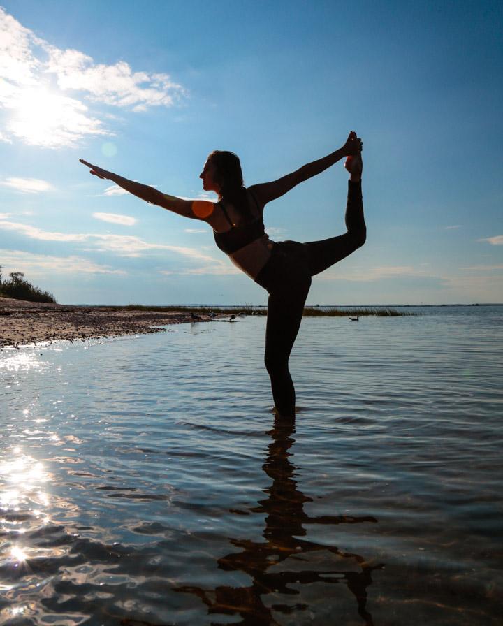 tamara_yoga9-9-16-9730.jpg