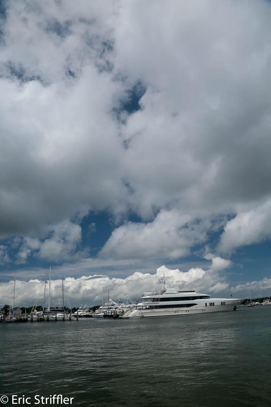danielle_naftali_hmptns_boating-1319.jpg