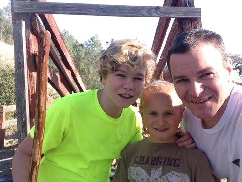 Rob_with_kids.jpg