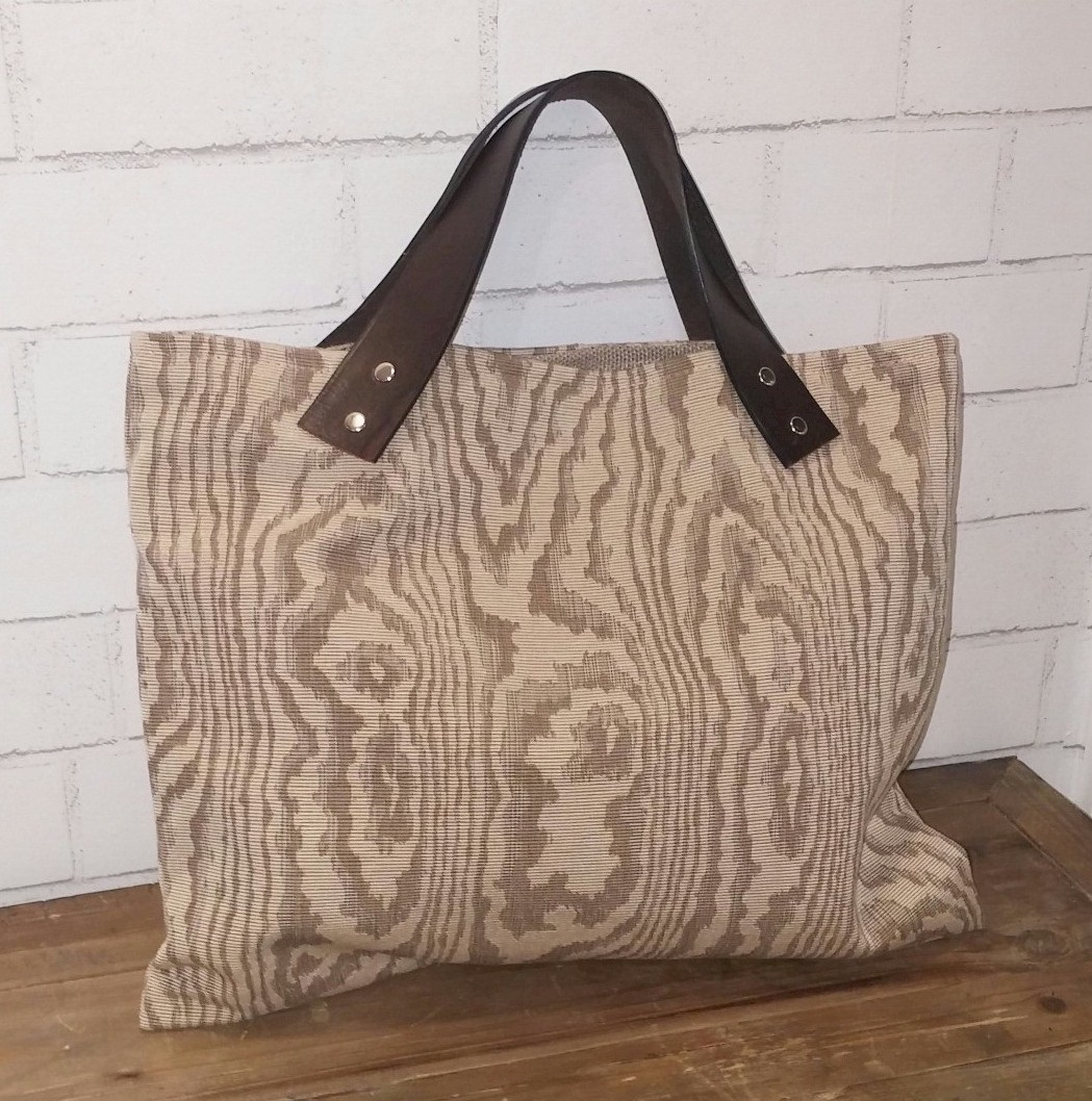Wood Grain Town Tote