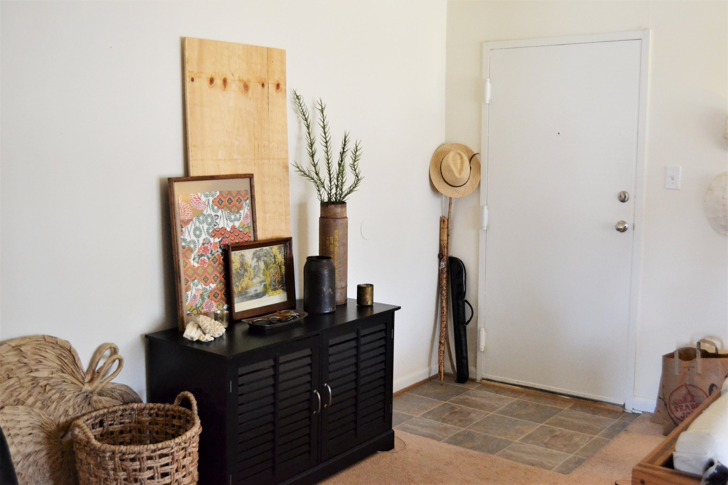 1 Entry Styled 3 Ways - Making Room for Peace 12.JPG