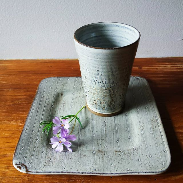 You could win this set!! .  This tumbler and plate is my offering to a sweet little Mother's Day giveaway held by @bgregoryjewelry. There are a bunch of beautiful handmade creations for the prize. See my previous post for all the details.  Better put your name in the hat!! . . . #smallbatchceramics #madebyhand #supporthandmade