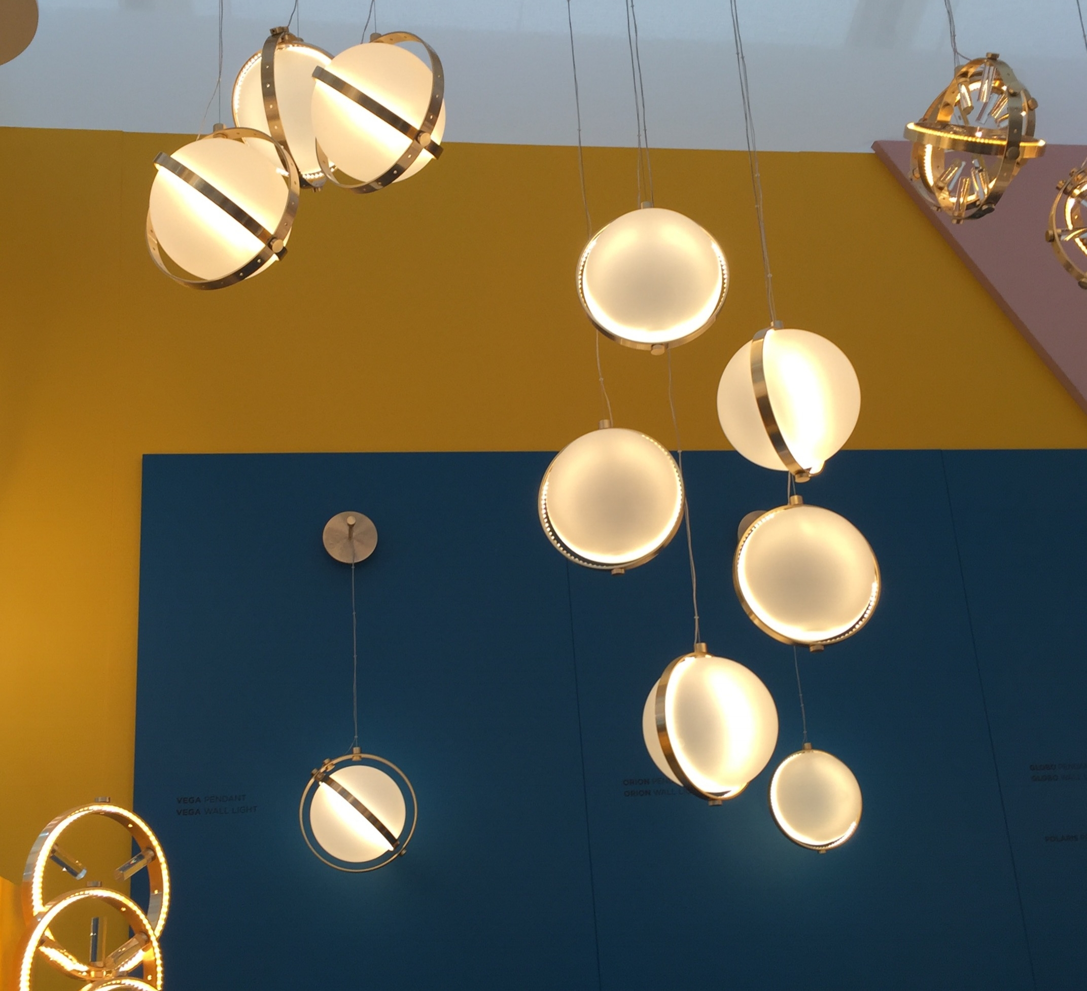 Vega pendants by   Baroncelli