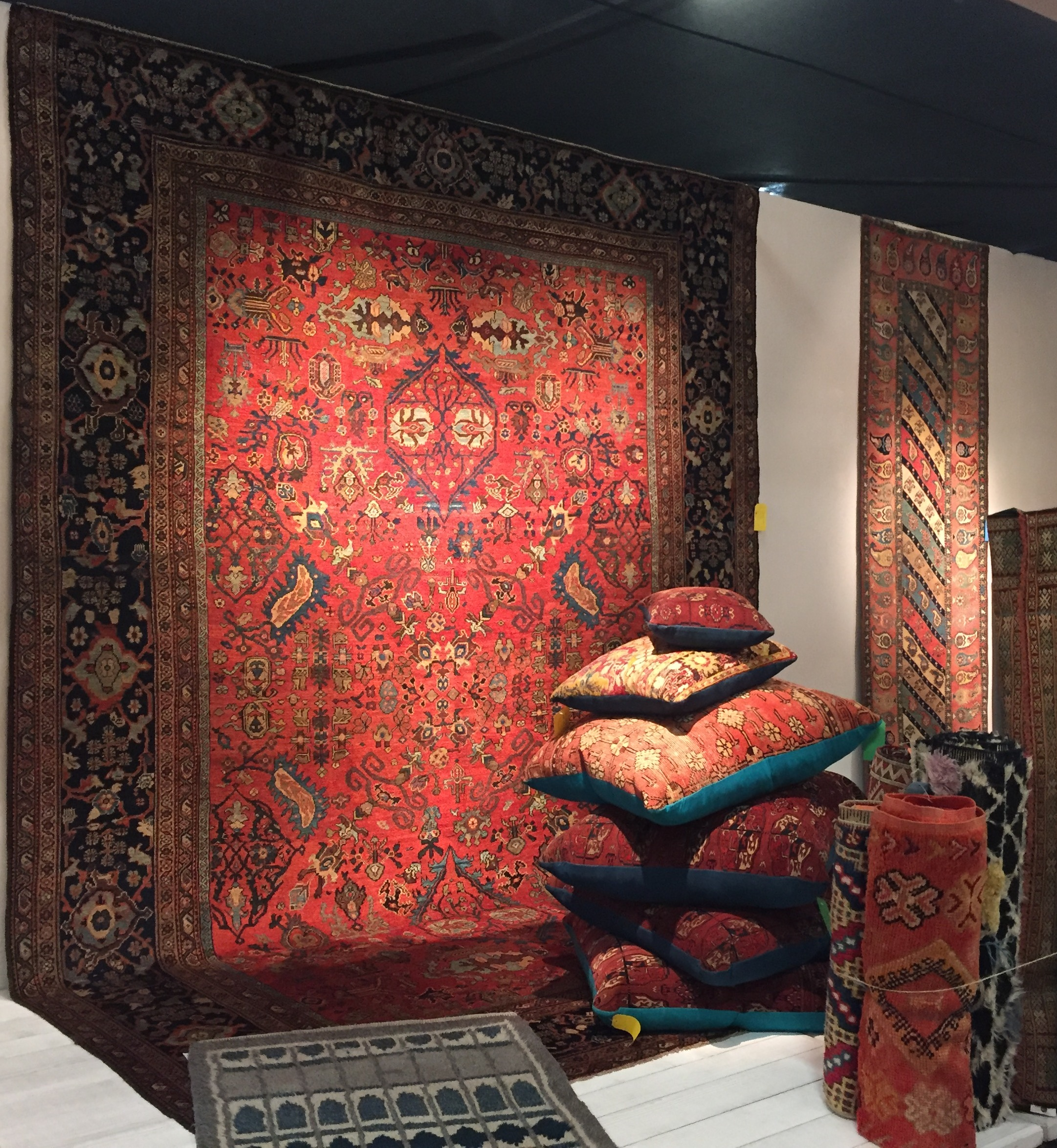 Joshua Lumley , based in Ashford, Kent, always has the most beautiful rugs in exquisite colours and patterns.