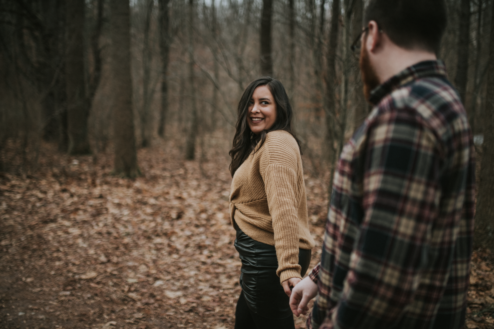 matt-natalia-winter-woods-engagement-session-pennsylvania-wedding-photographer-3