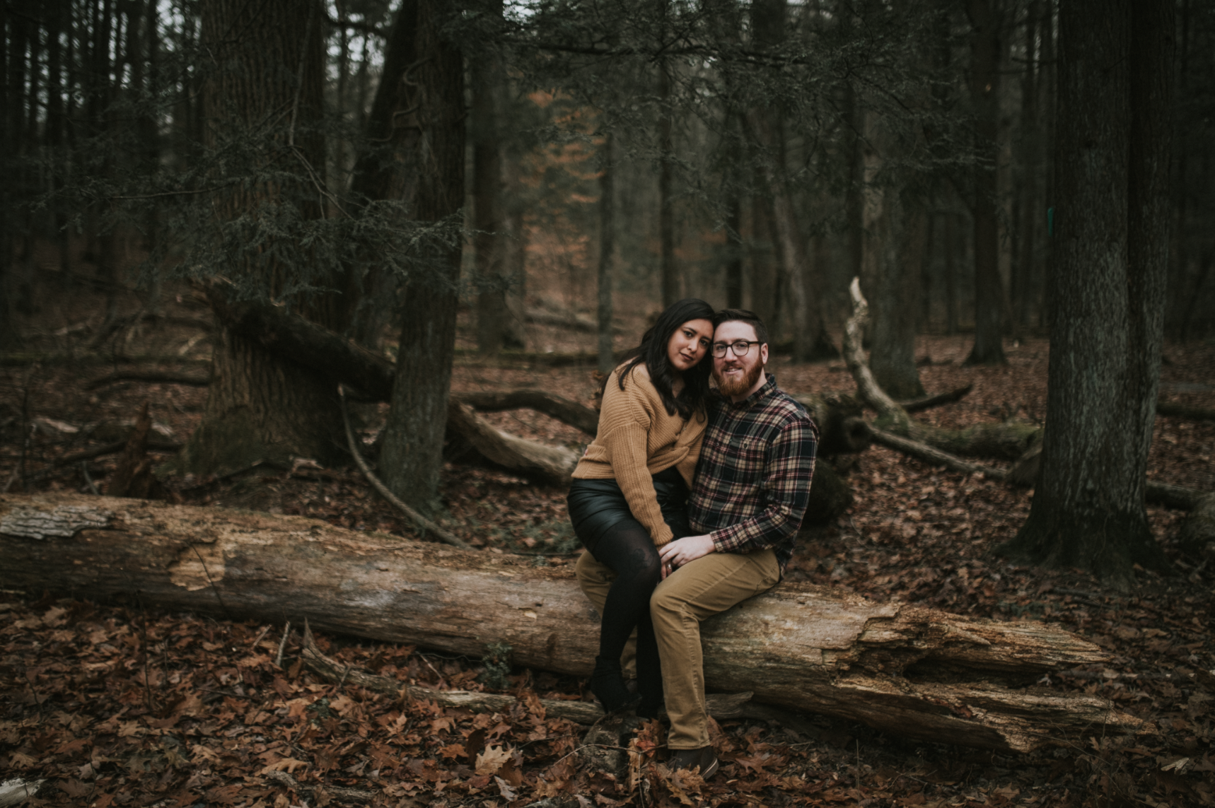 matt-natalia-winter-woods-engagement-session-pennsylvania-wedding-photographer-13