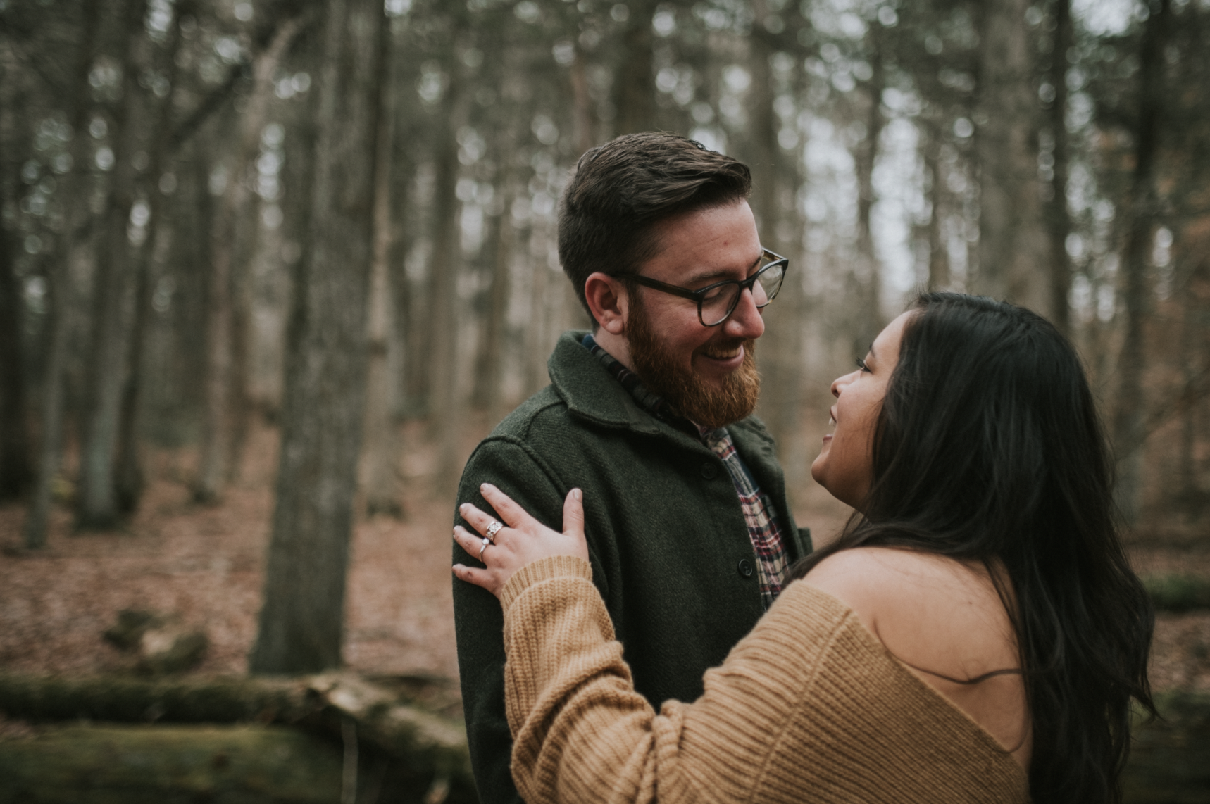 matt-natalia-winter-woods-engagement-session-pennsylvania-wedding-photographer-18