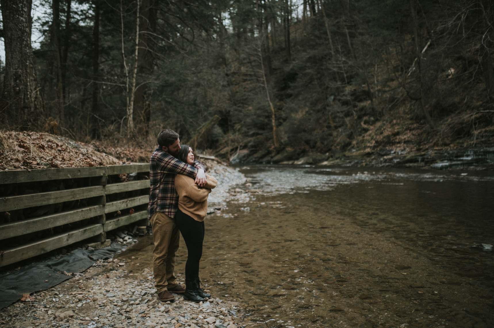 matt-natalia-winter-woods-engagement-session-pennsylvania-wedding-photographer-28