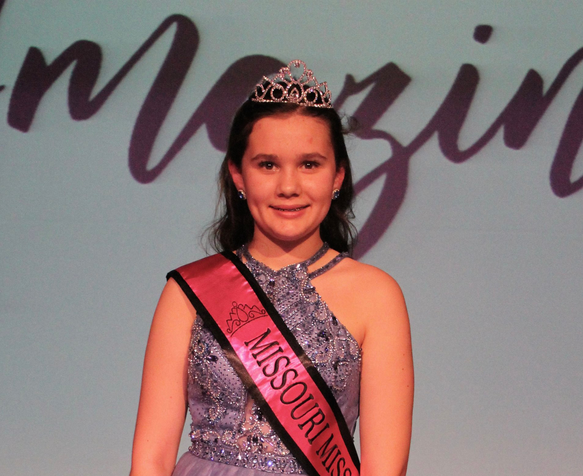 Missouri Miss Amazing Preteen  |  Anna Roeslein   Click to read more about Anna!