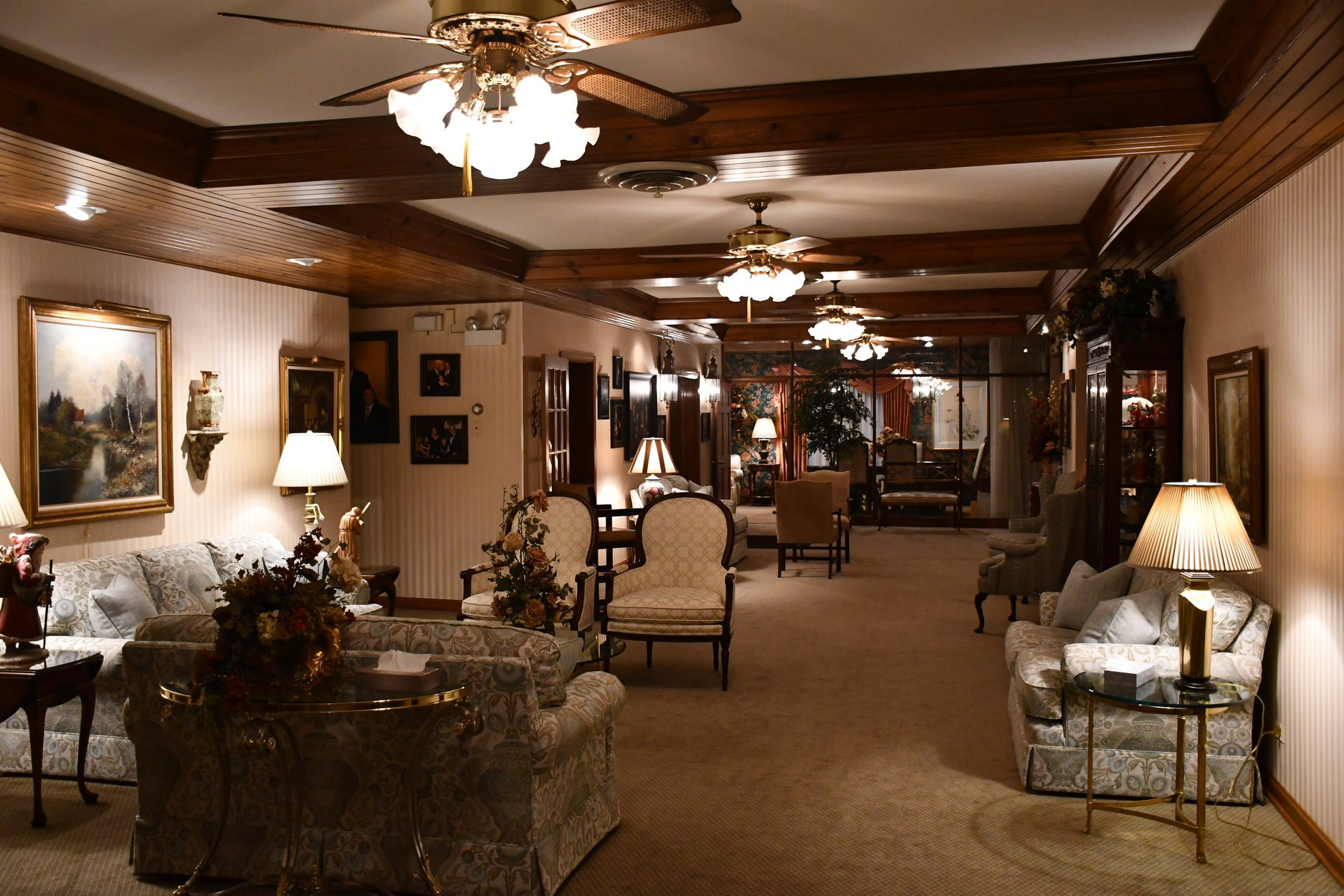 About Top Oak Lawn Funeral Home Thompson Kuenster Funeral Home Thompson Kuenster Funeral Home