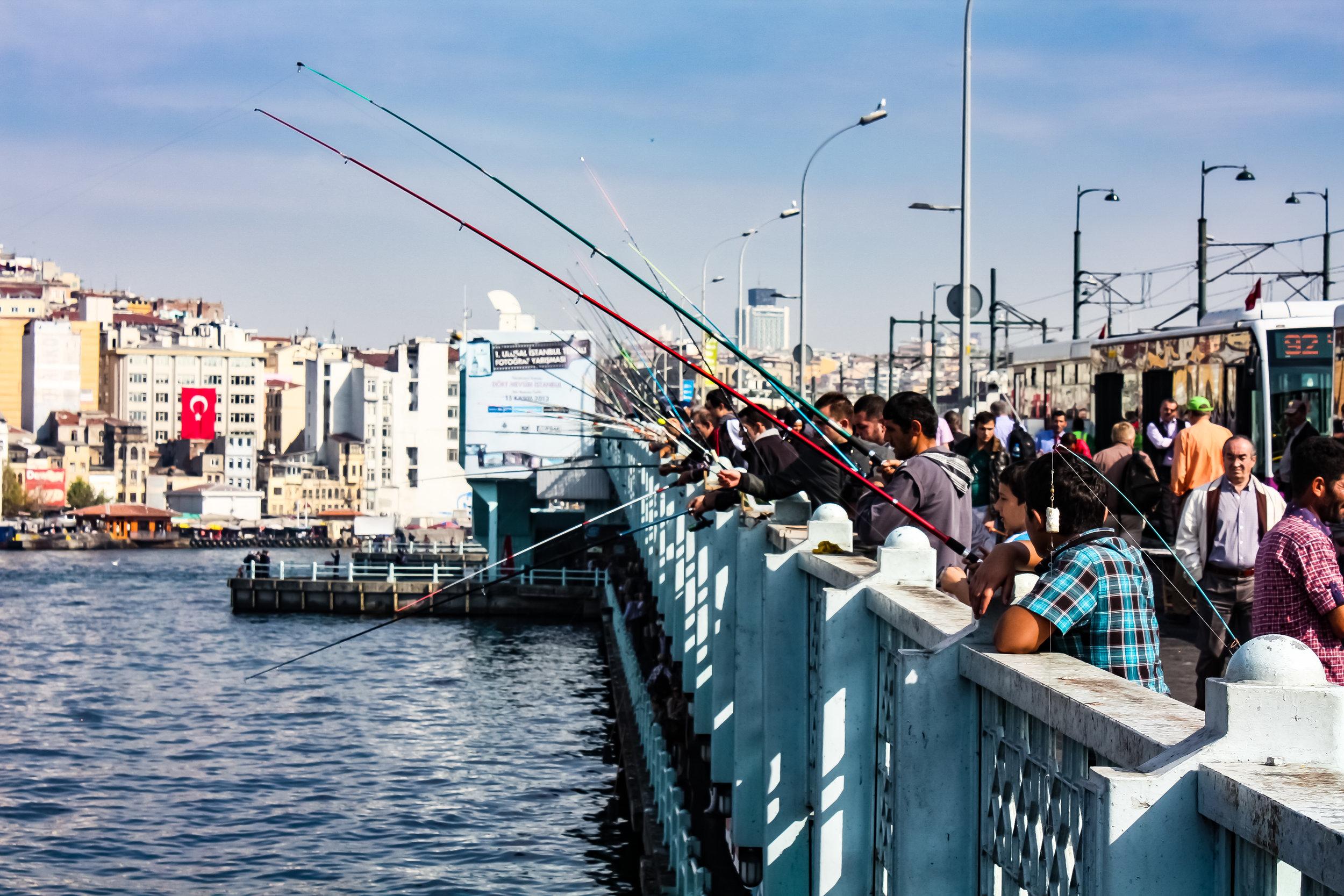 thetravelhub_istanbul_galata bridge-3811.jpg