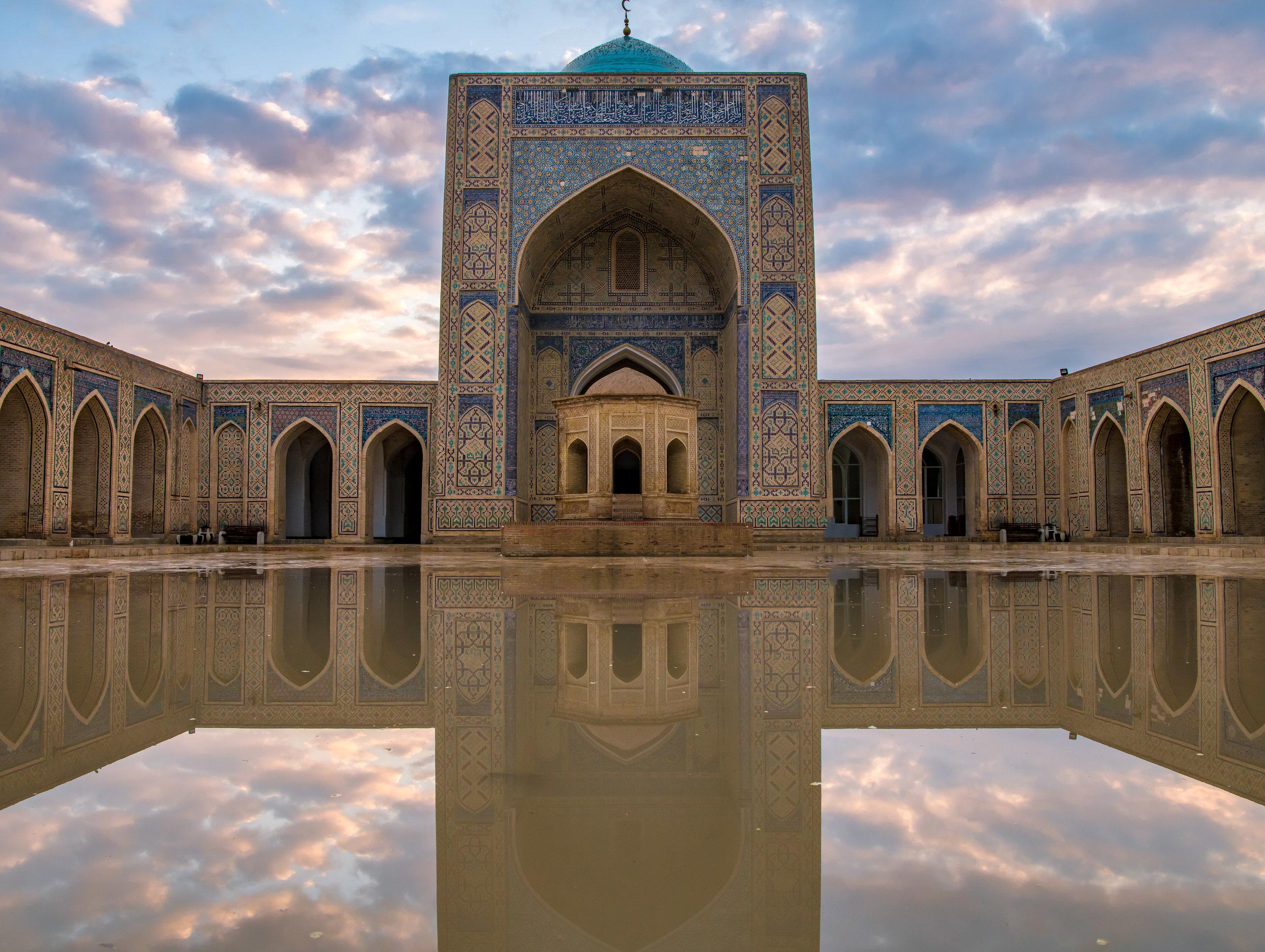 kalyan mosque-.jpg