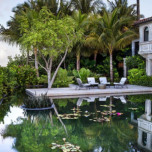 BISCAYNE BAY GARDEN  Miami, Florida