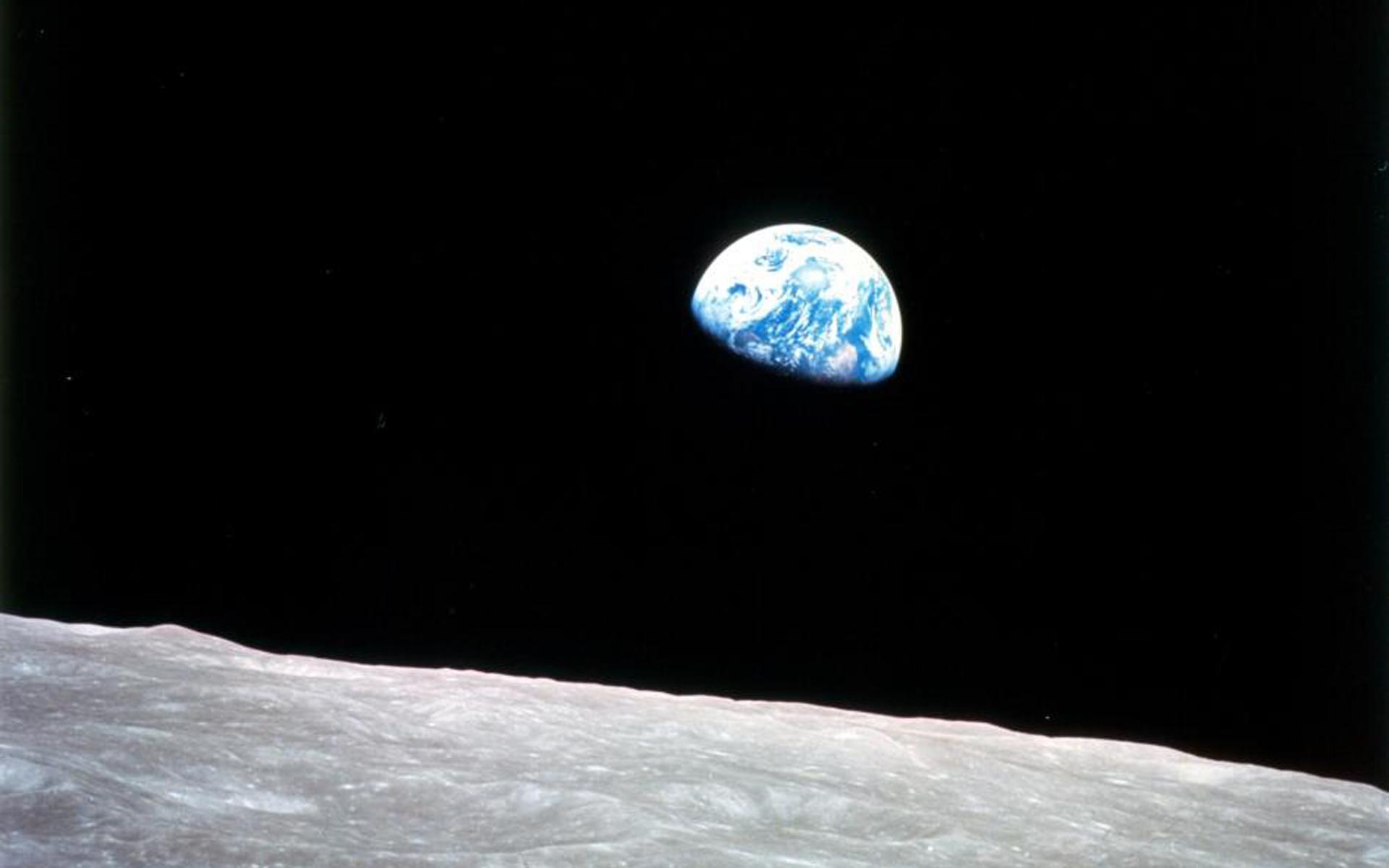 Earthrise (1968) courtesy of NASA.