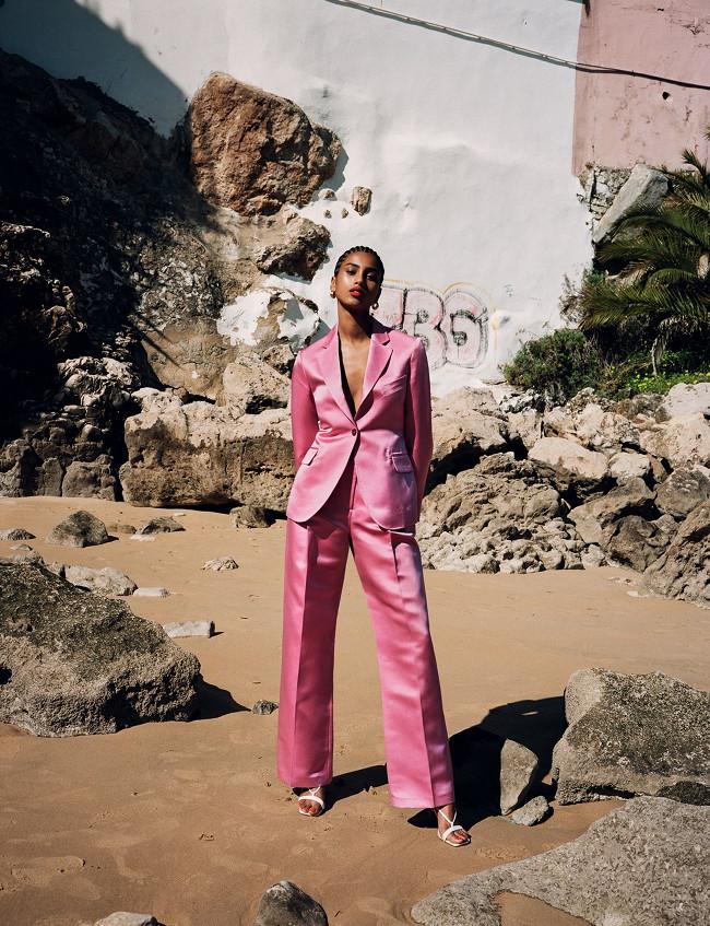 Imaan-Hammam-British-Vogue-May-2019-Angelo-Pennetta-08.jpg