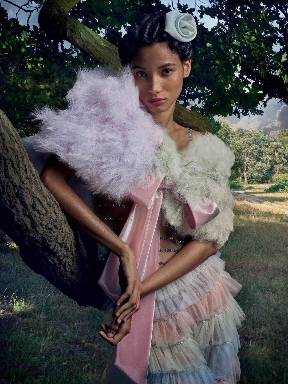 Vogue UK November 2019 4.jpg