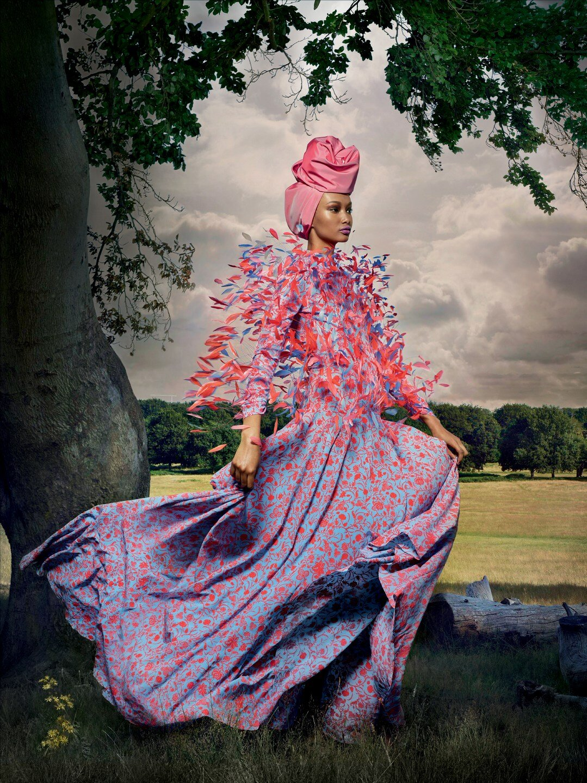 Vogue UK November 2019 12.jpg