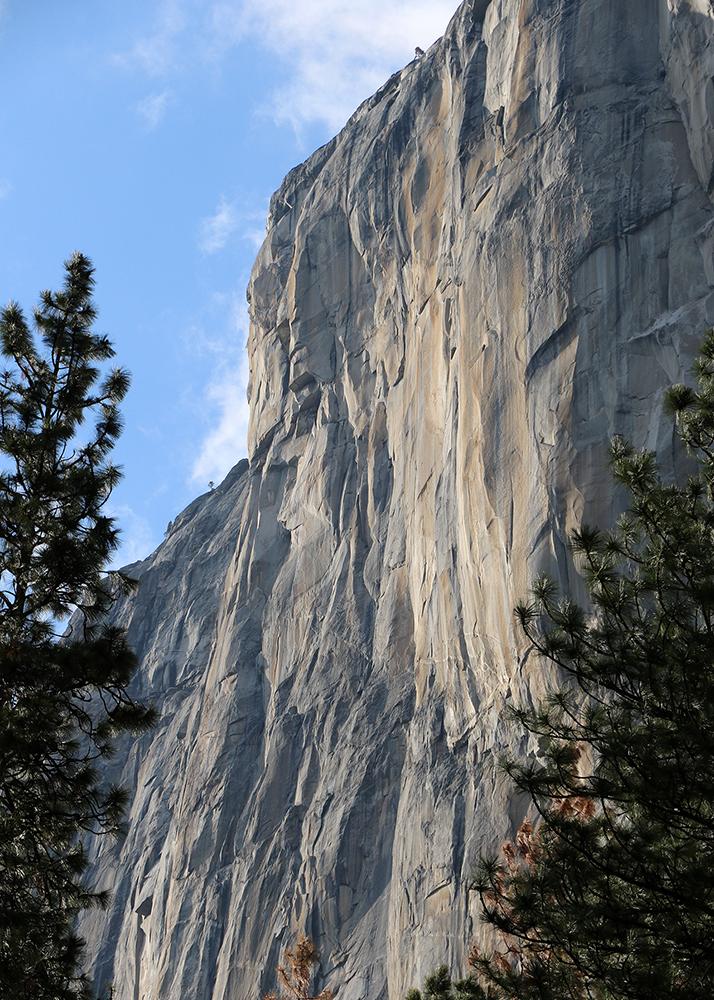 Yosemite El Capitan vert web.jpg