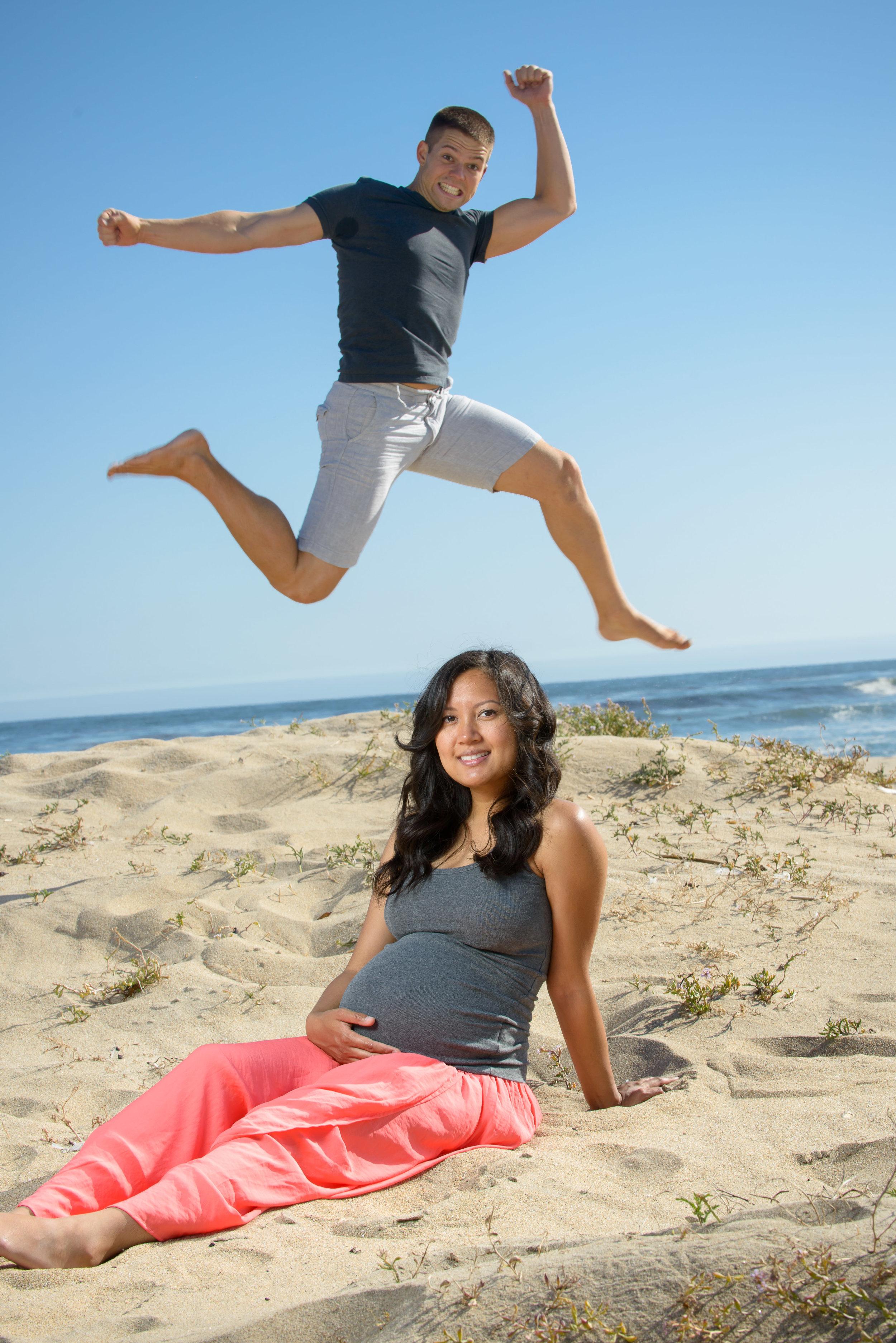 7138_d800b_Four_Mile_Beach_Santa_Cruz_Maternity_Photography.jpg