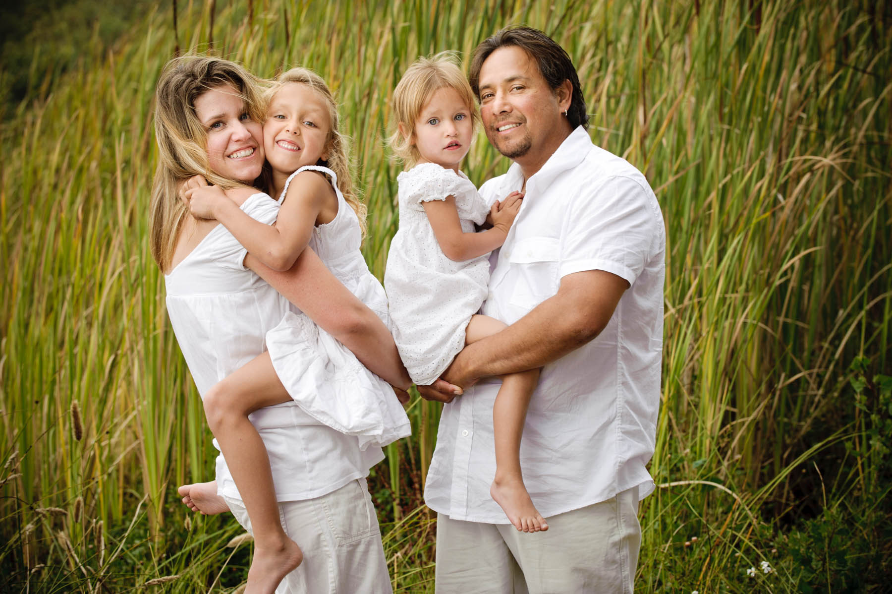 5112-d3_Leyva_Santa_Cruz_Family_Photography_Blacks_Beach.jpg