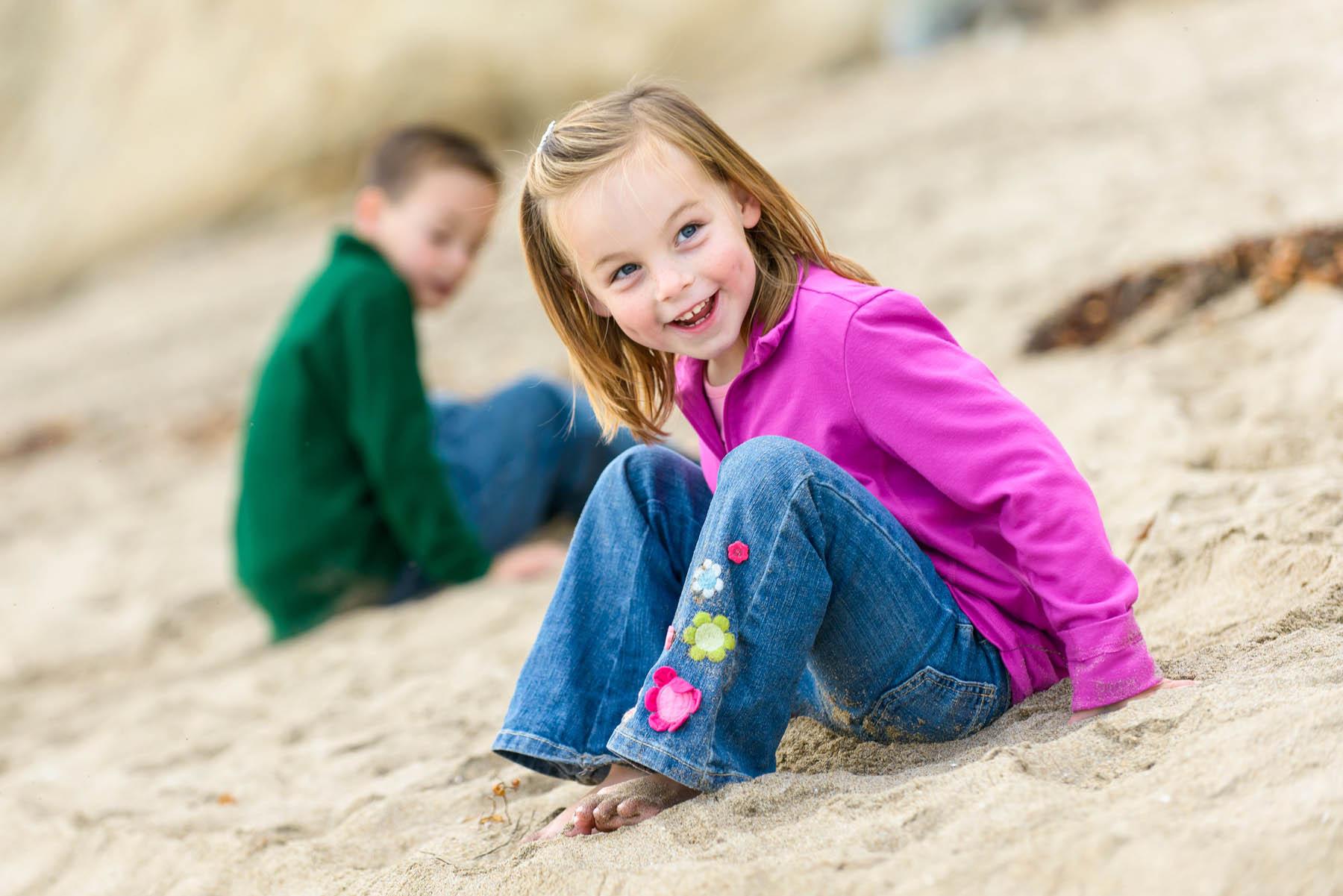 7615_d800_Pearce_Capitola_Beach_Family_Photography.jpg