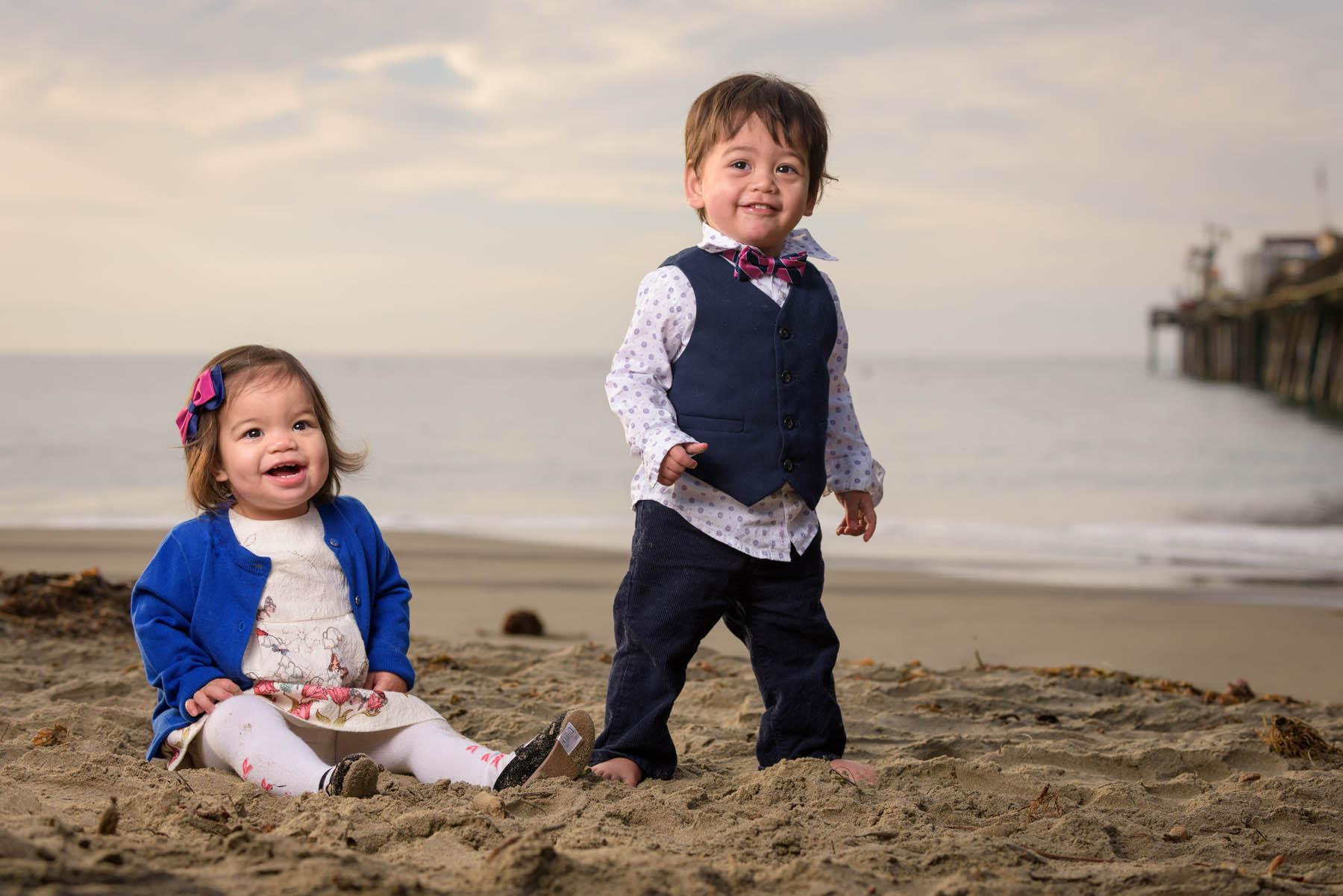 9446_d810_Dianne_R_Capitola_Family_Portrait_Photography_1yo_Twins.jpg