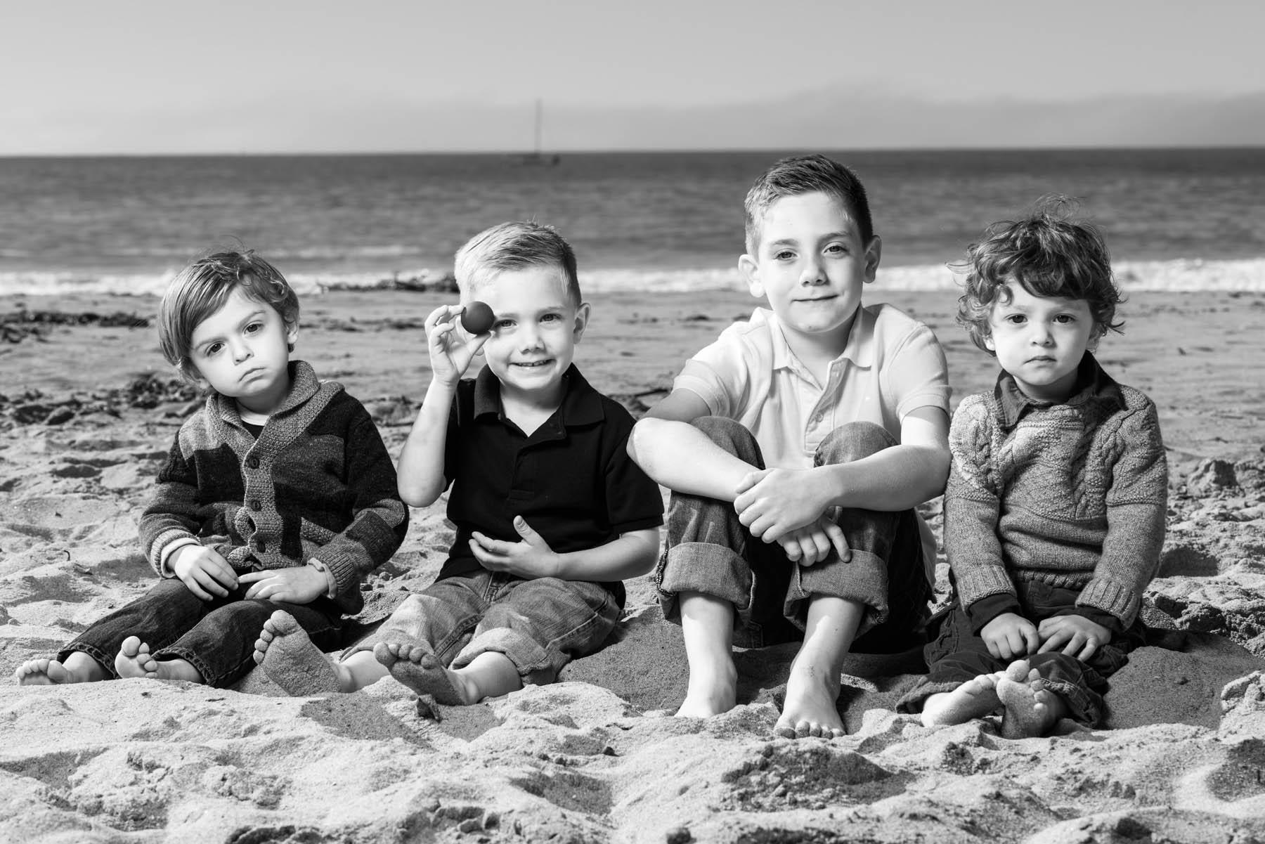 5230_d810_Karly_R_Seabright_Beach_Santa_Cruz_Family_Photography.jpg