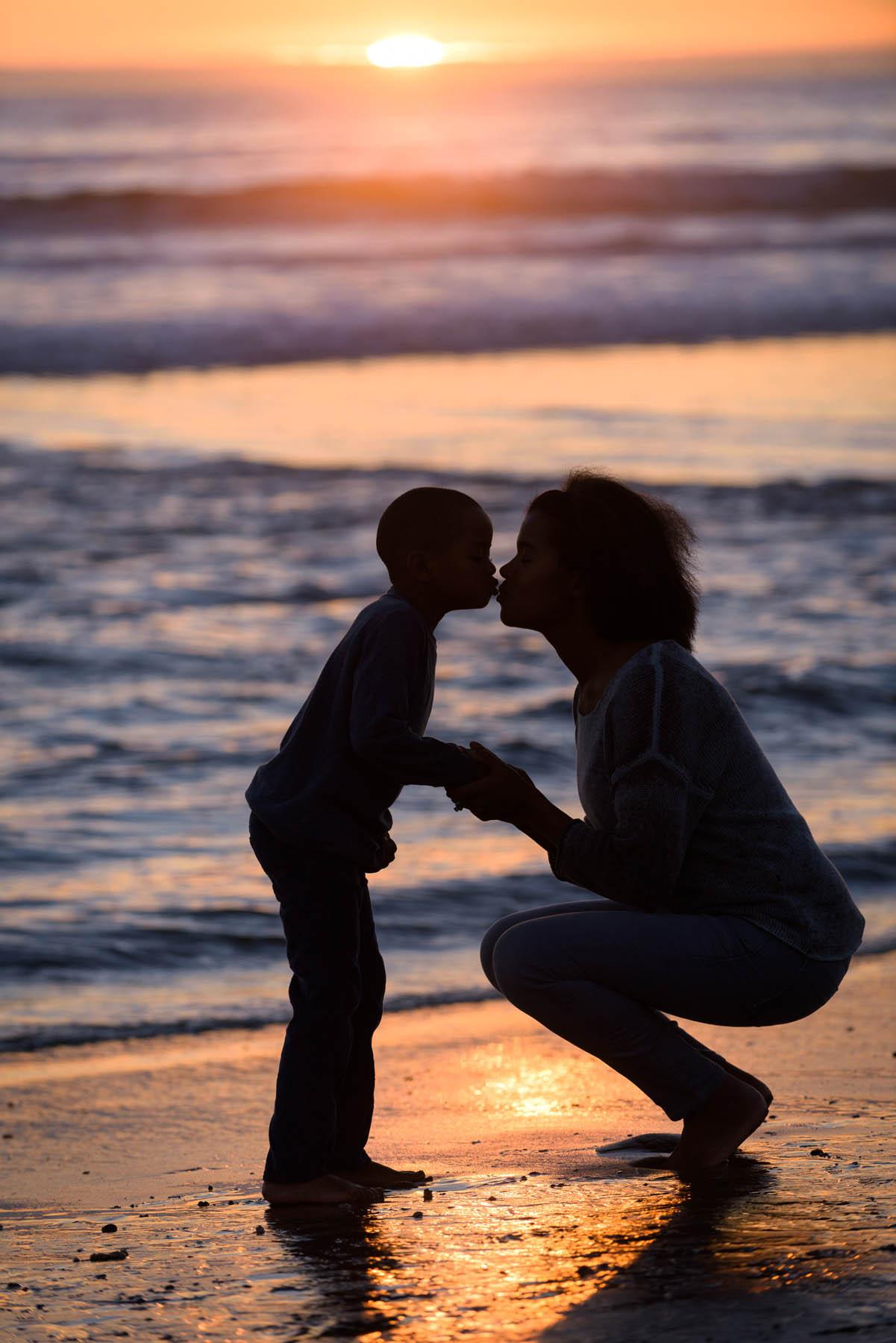 0045_d810a_Kori_David_and_Kids_Aptos_Seacliff_Beach_Family_Photography.jpg
