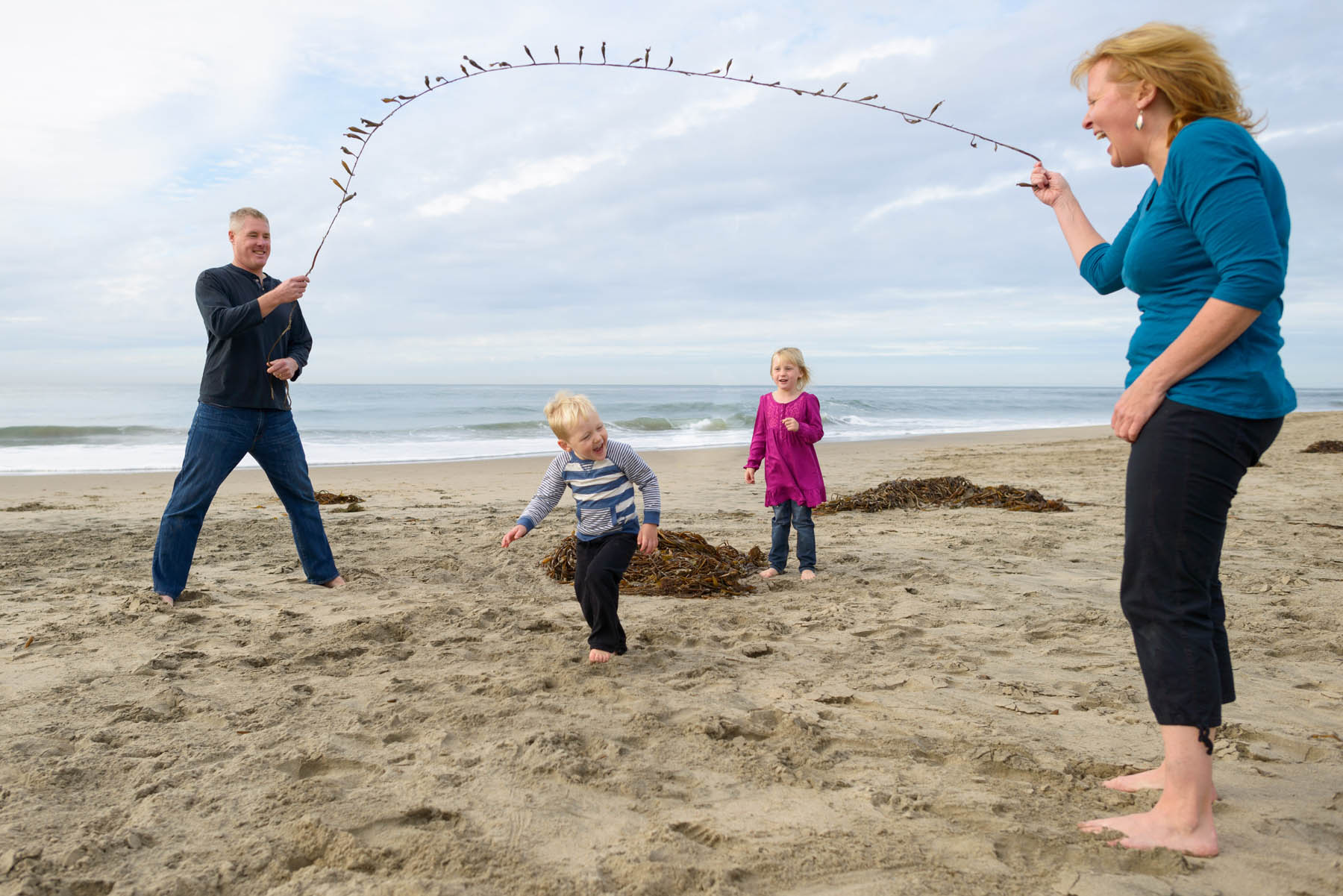 6182_d800b_Darcey_Drew_and_Kids_Lighthouse_Field_State_Beach_Santa_Cruz_Family_Photography.jpg