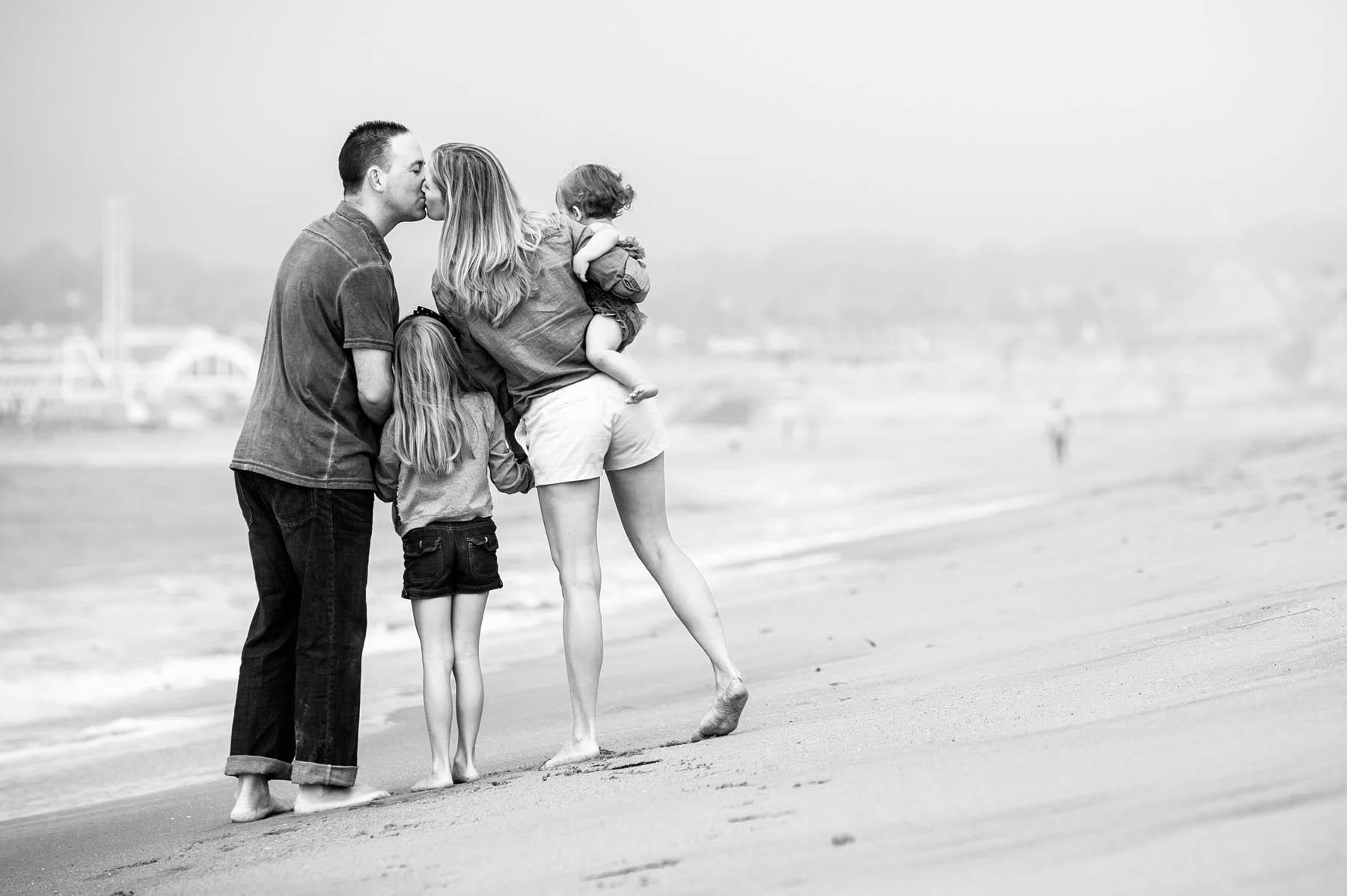 8979-d3_Butler_Seabright_Beach_Santa_Cruz_Family_Photography.jpg