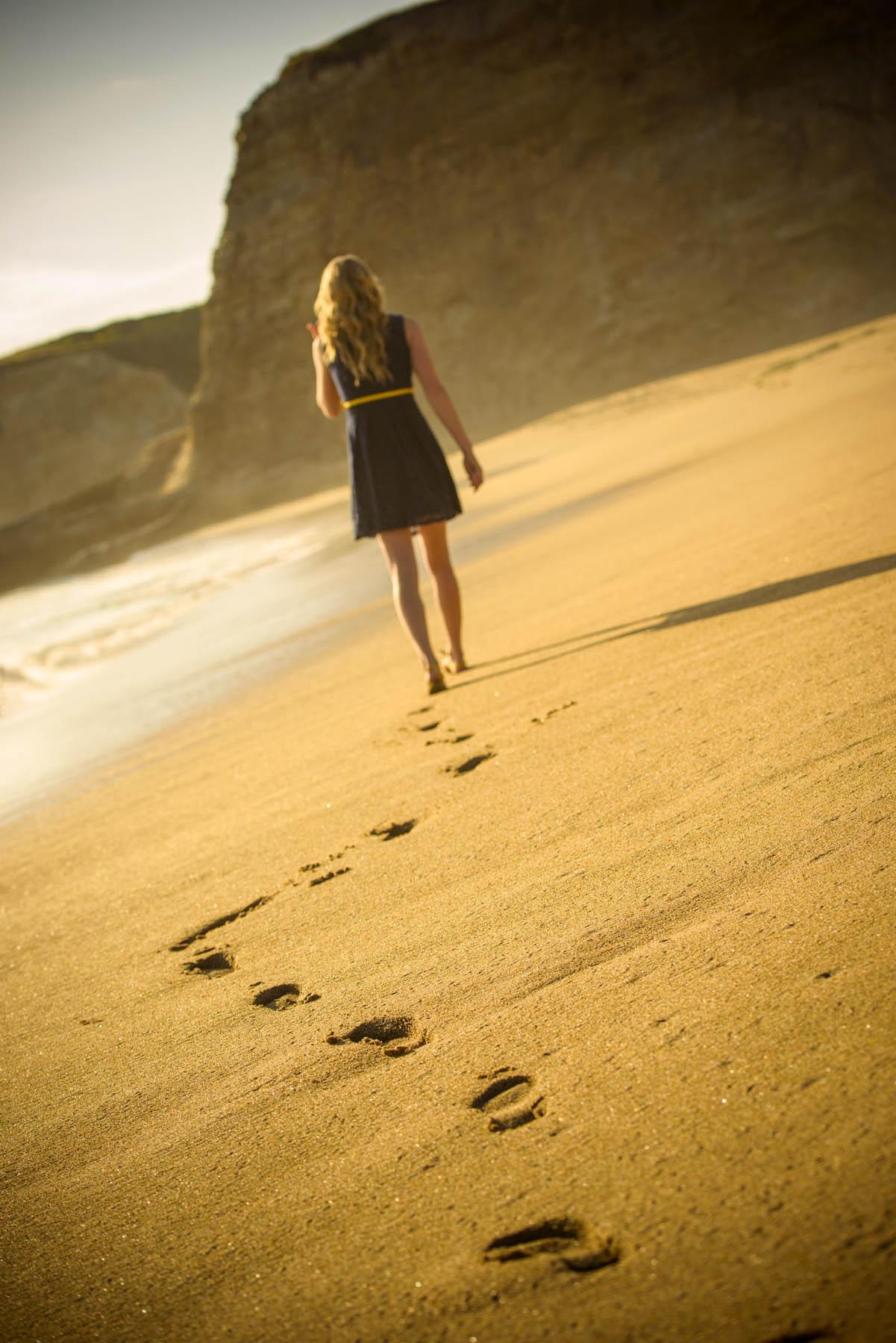 5107_d800_Emily_Santa_Cruz_Panther_Beach_Senior_Portrait_Photography.jpg