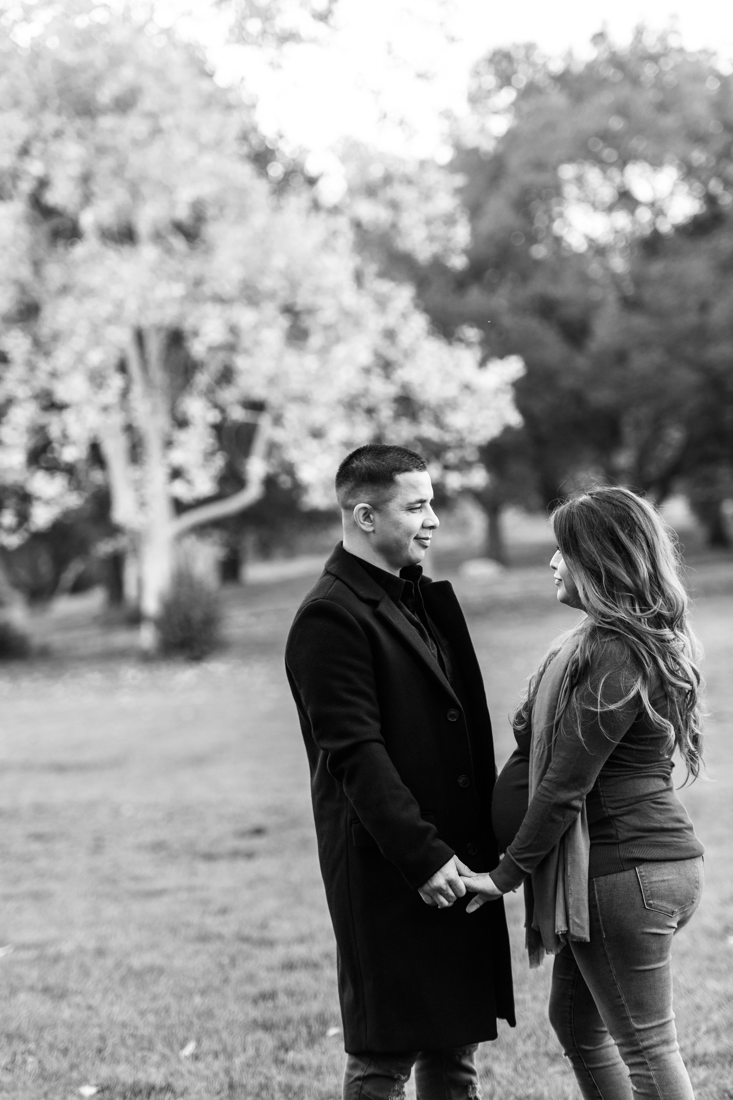 Vasona Park Maternity Photography – by Bay Area portrait photographer Chris Schmauch
