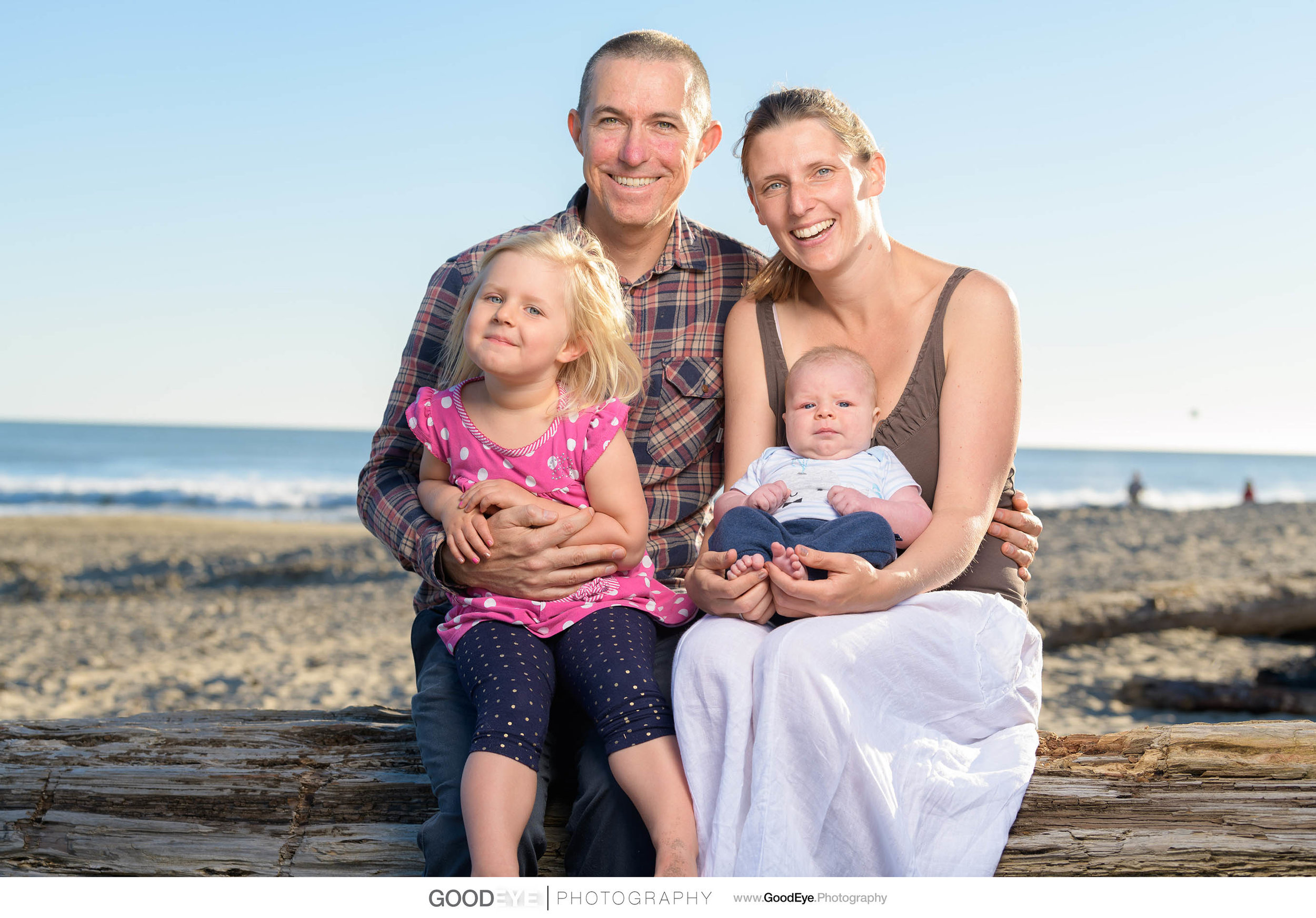 7730_Maja_and_Justin_Twin_Lakes_Beach_Santa_Cruz_Newborn_Family_Photogrraphy.jpg
