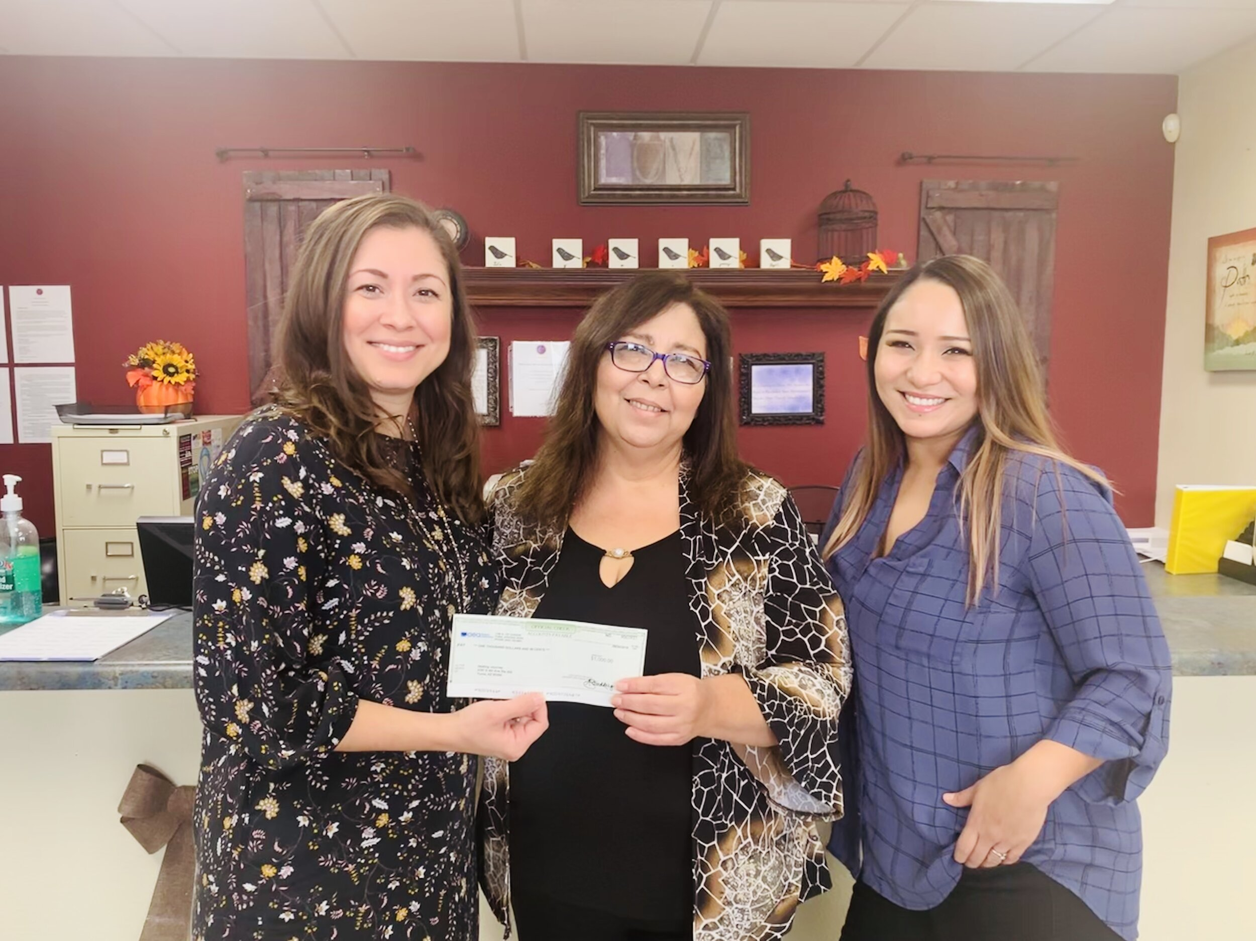 A big THANKS to AEA Federal Credit Union for their donation to assist Healing Journey's Youth Programs. We are so grateful to have such an amazing team support our mission, we couldn't do the work we do without the support from the Yuma Community!  Check out AEA community & outreach page:    https://www.aeafcu.org/about/community.shtml