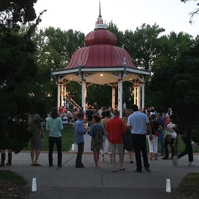 Progressing from pavilion to pavilion with the Young Friends of @towergrovepark as a sponsor of this year's Progressive Pavilion Party #aeshdesign #towergroveparklove #towergrovepark