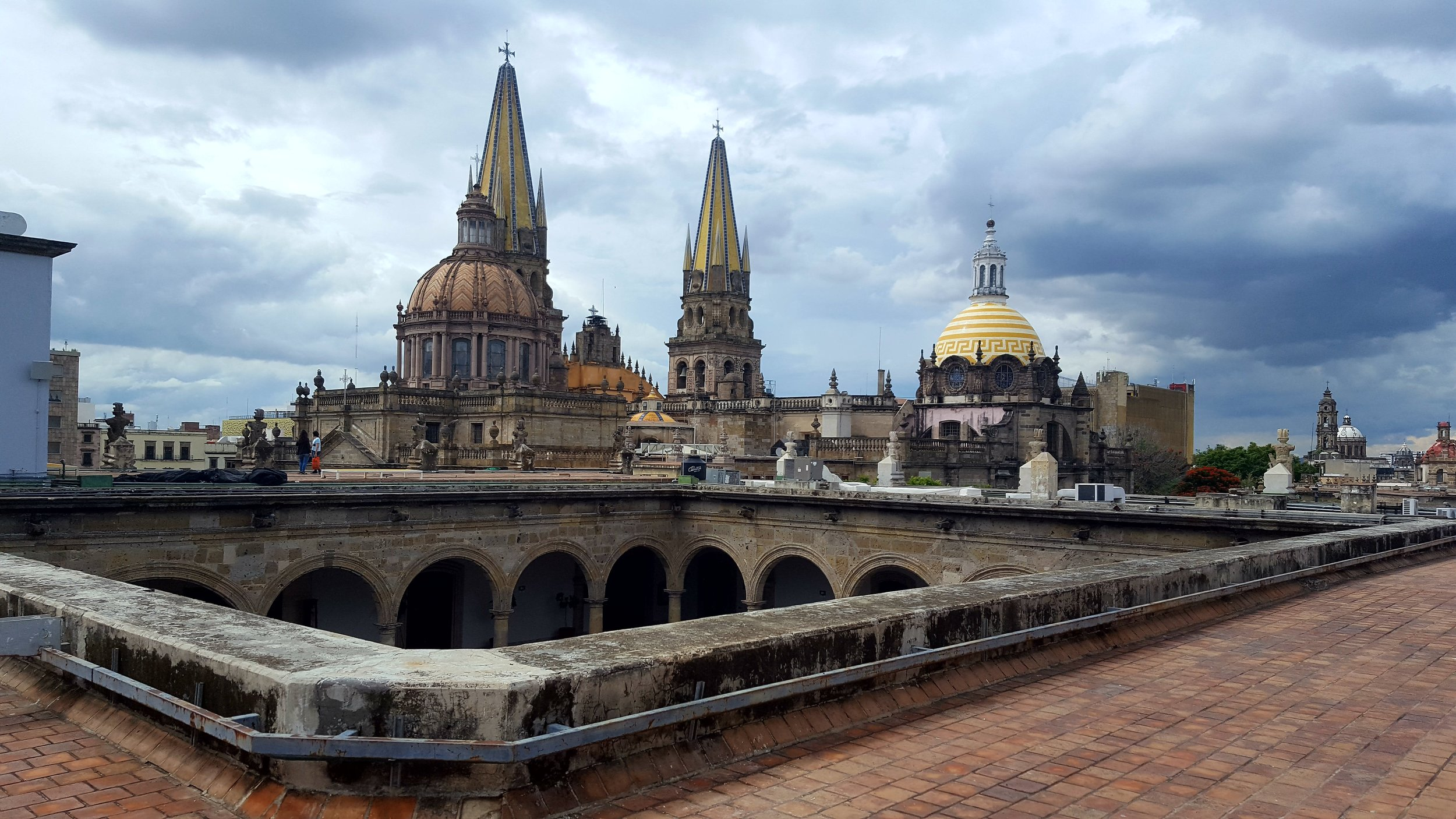 Took a bus to Guadalajara and found a beautiful rooftop view the next mornig